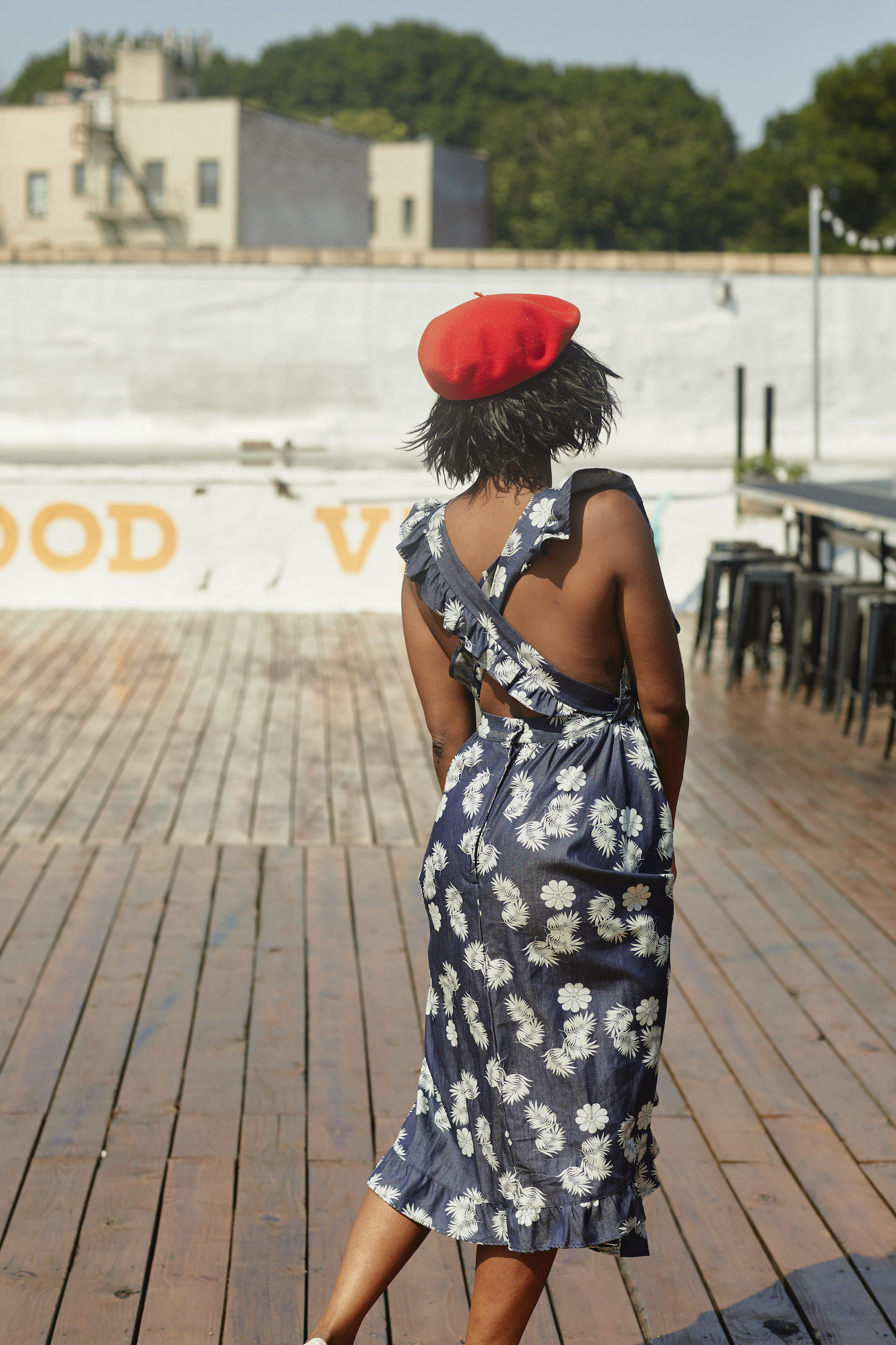 Criss cross denim print dress // A Week Of Outfits With Dominique Drakeford, Founder Of Melanin & Sustainable Style on The Good Trade