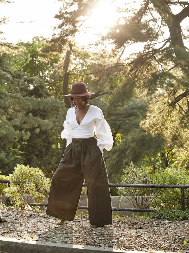 White and green outfit // A Week Of Outfits With Dominique Drakeford, Founder Of Melanin & Sustainable Style on The Good Trade