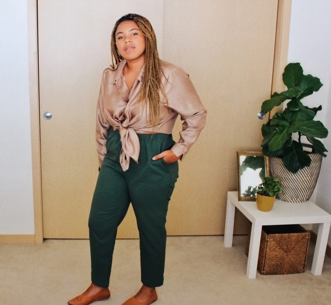 Pink and green thrifted outfit // A Week Of Boho Minimalist Outfits With Deborah Shepherd From Clothed In Abundance on The Good Trade