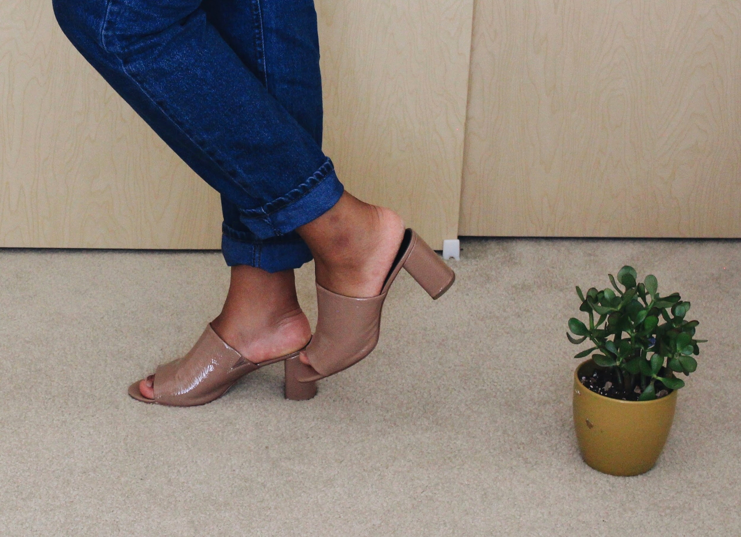 BCBG nude mules // A Week Of Boho Minimalist Outfits With Deborah Shepherd From Clothed In Abundance on The Good Trade