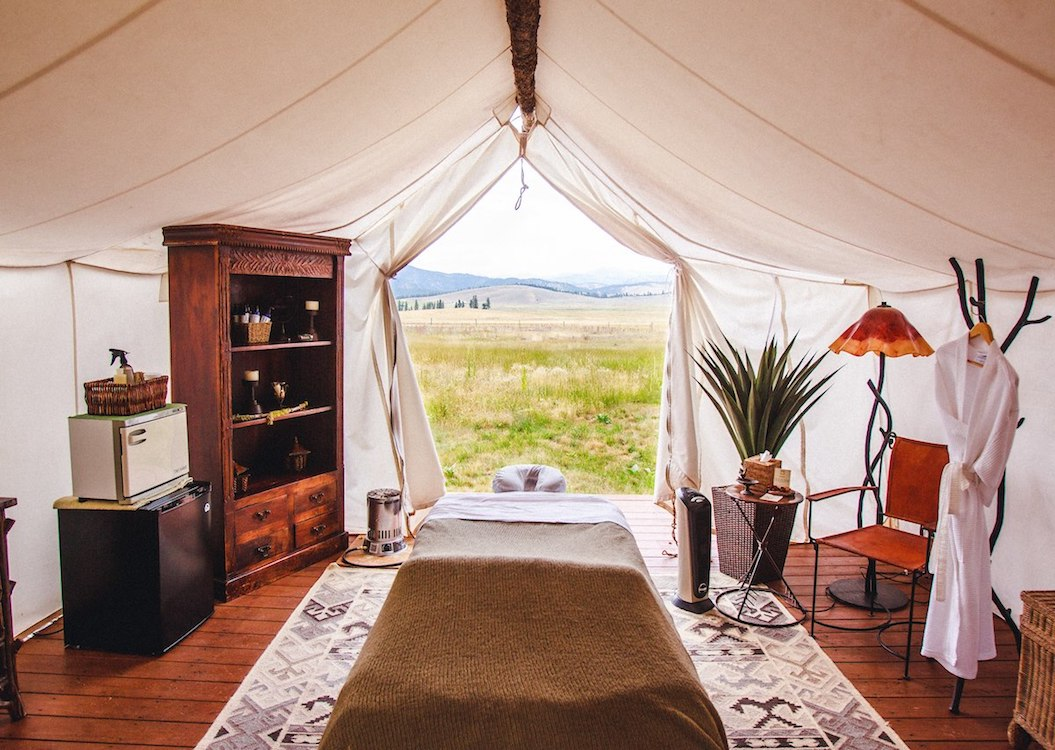 Luxury All-Inclusive Camping - The Resort At Paws Up