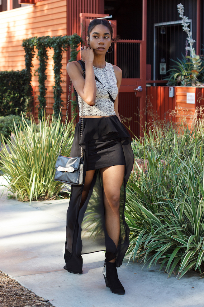 Artistic monochrome outfit with high-low skirt // A Week Of Hollywood-Inspired Outfits With Conscious Style Blogger Jeneice Thompson on The Good Trade