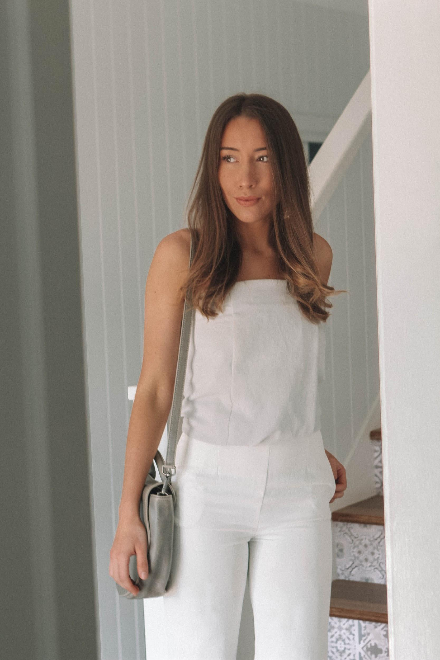 Coastal inspired style | A Week Of Consciously Curated Outfits With Amber Boyers, Founder Of BAIIA And The Conscious Cut on The Good Trade