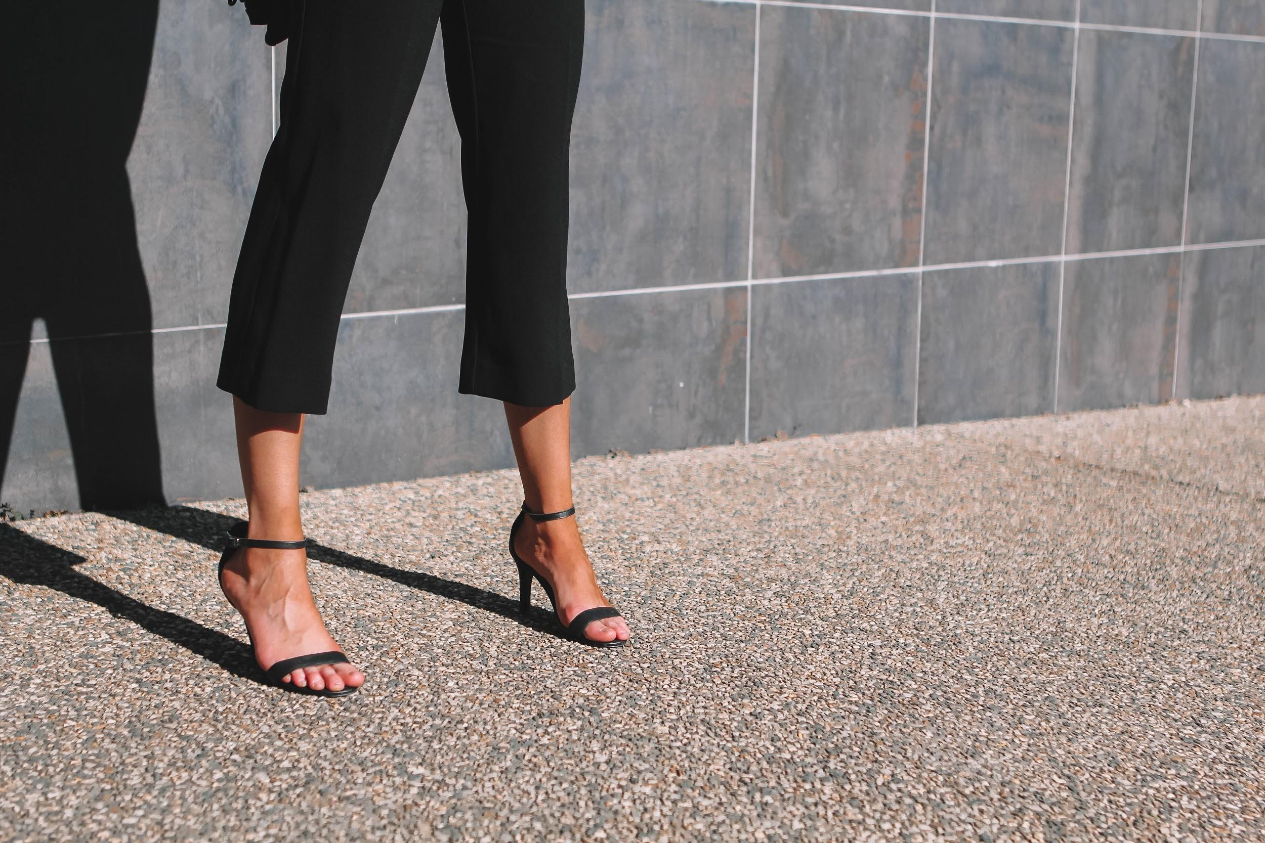 Minimalist black heels | A Week Of Consciously Curated Outfits With Amber Boyers, Founder Of BAIIA And The Conscious Cut on The Good Trade