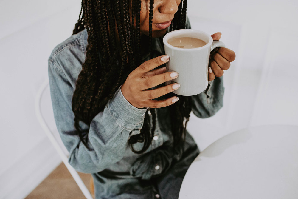 Coffee shop outfit ideas // A Week Of 1970s-Inspired Outfits With Leah Thomas, The Sustainable Lifestyle Blogger Behind Green Girl Leah on The Good Trade