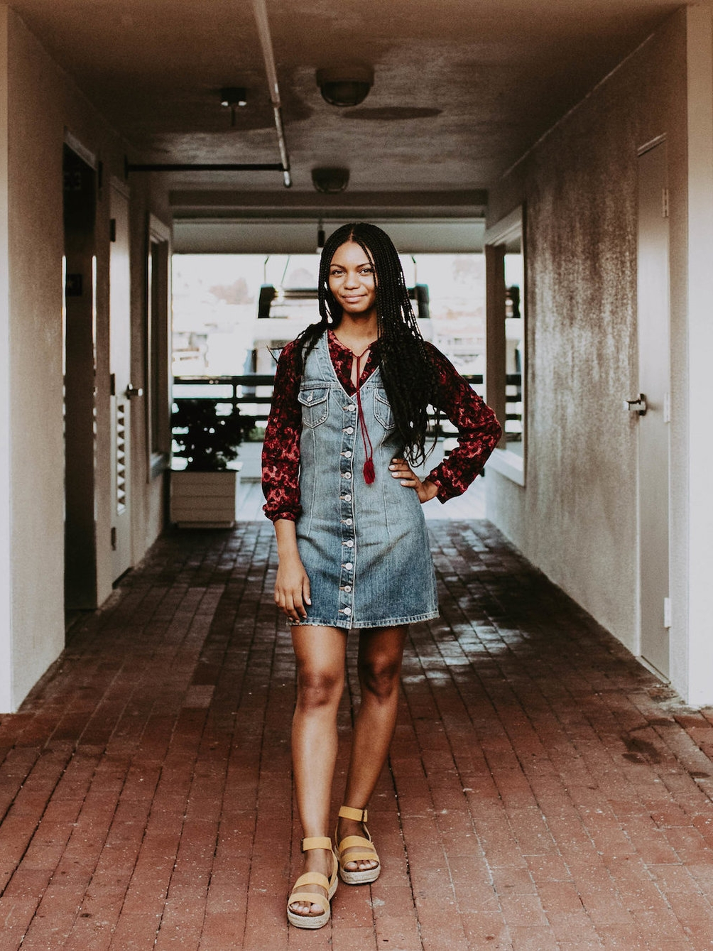 Farmer-chic outfit // A Week Of 1970s-Inspired Outfits With Leah Thomas, The Sustainable Lifestyle Blogger Behind Green Girl Leah on The Good Trade