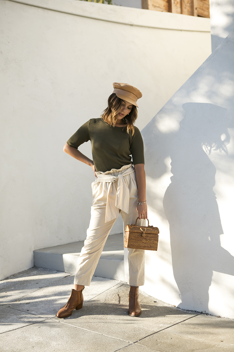 Transitioning to fall colors // A Week Of Intentional & Sustainable Outfits With Kasha Cabato From Green With Style on The Good Trade