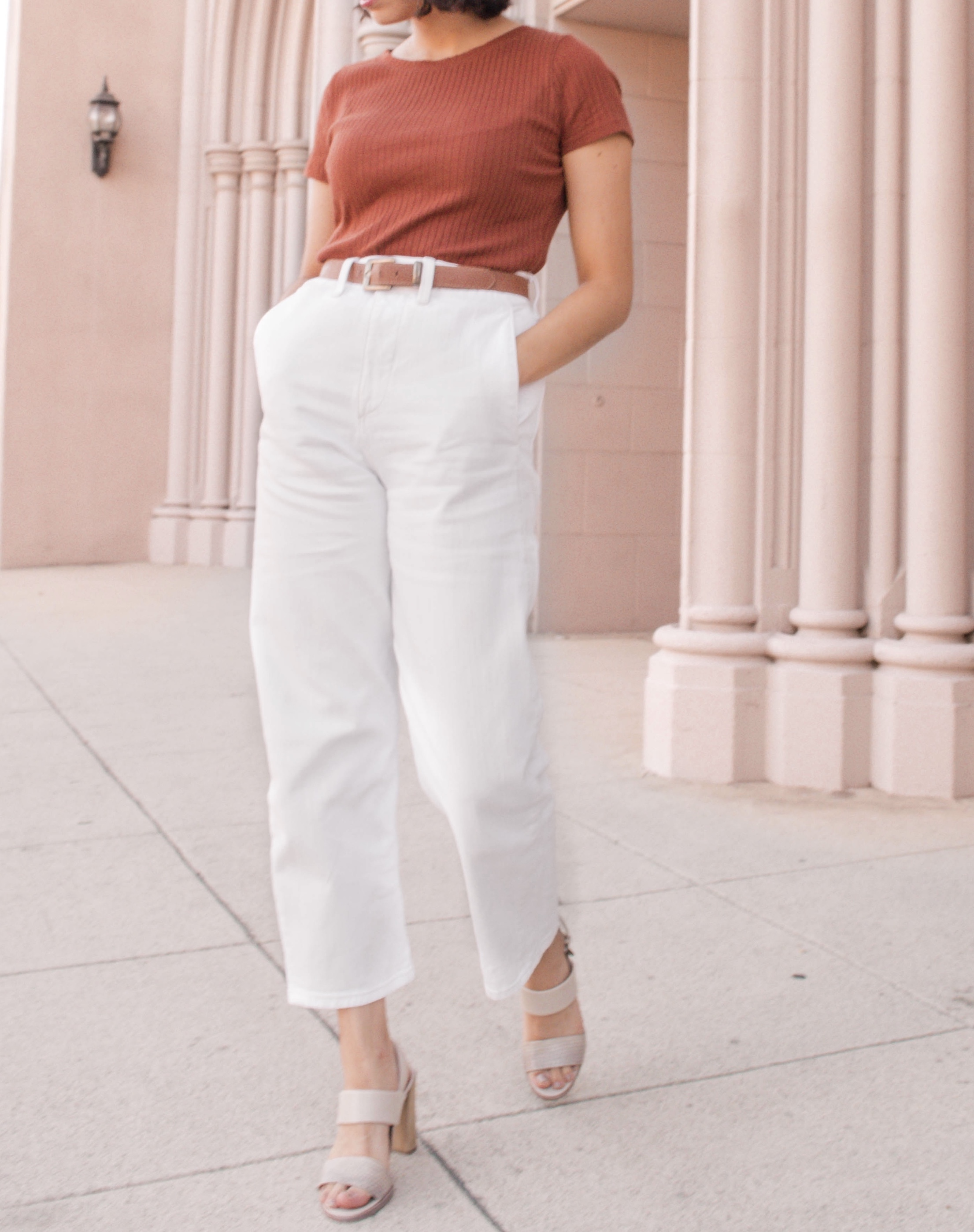 High waisted white pants outfit // A Week Of Self-Expressive Outfits With Aja Duran From Aja With Love on The Good Trade
