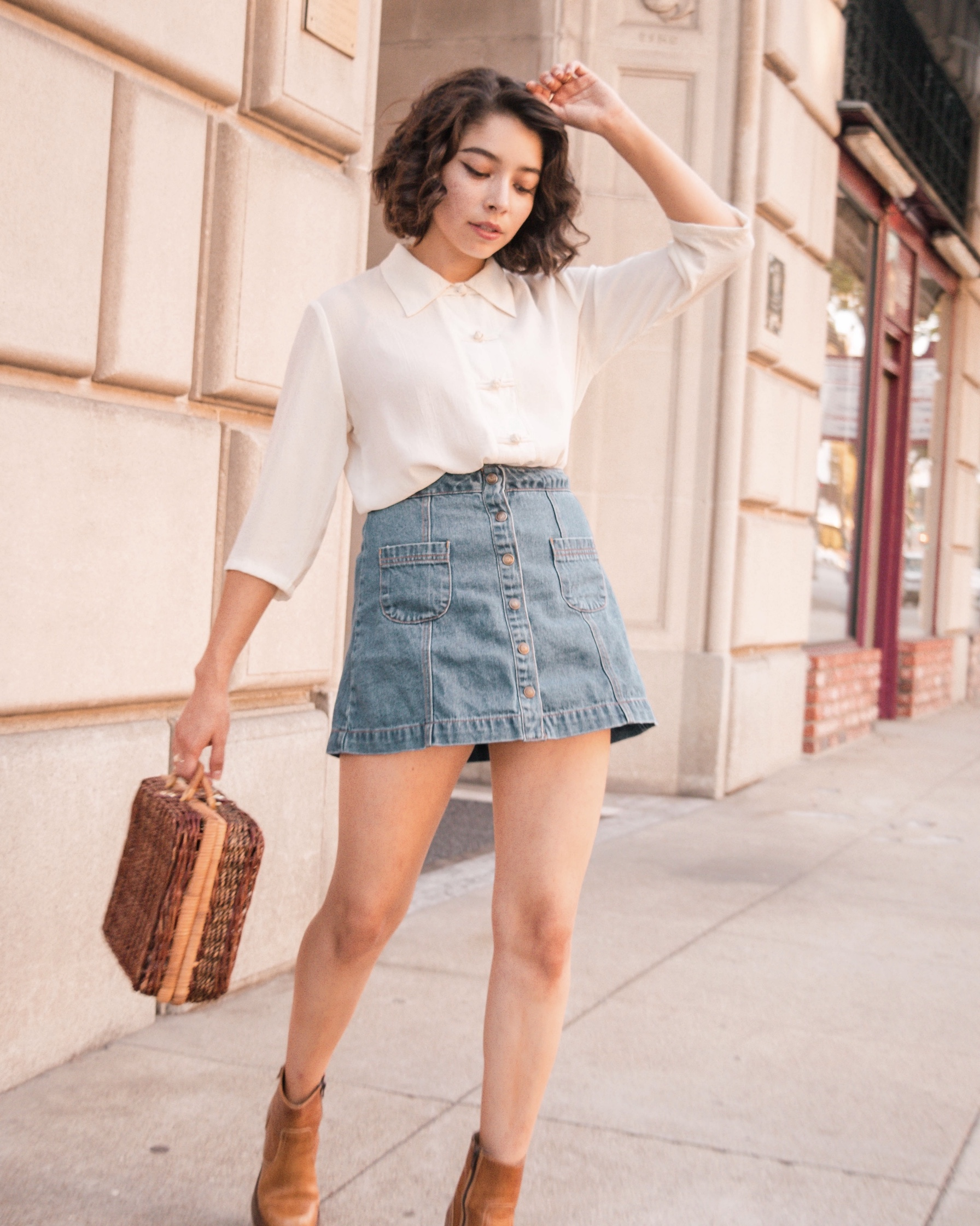 Wicker handbag with minimalist outfit // A Week Of Self-Expressive Outfits With Aja Duran From Aja With Love on The Good Trade