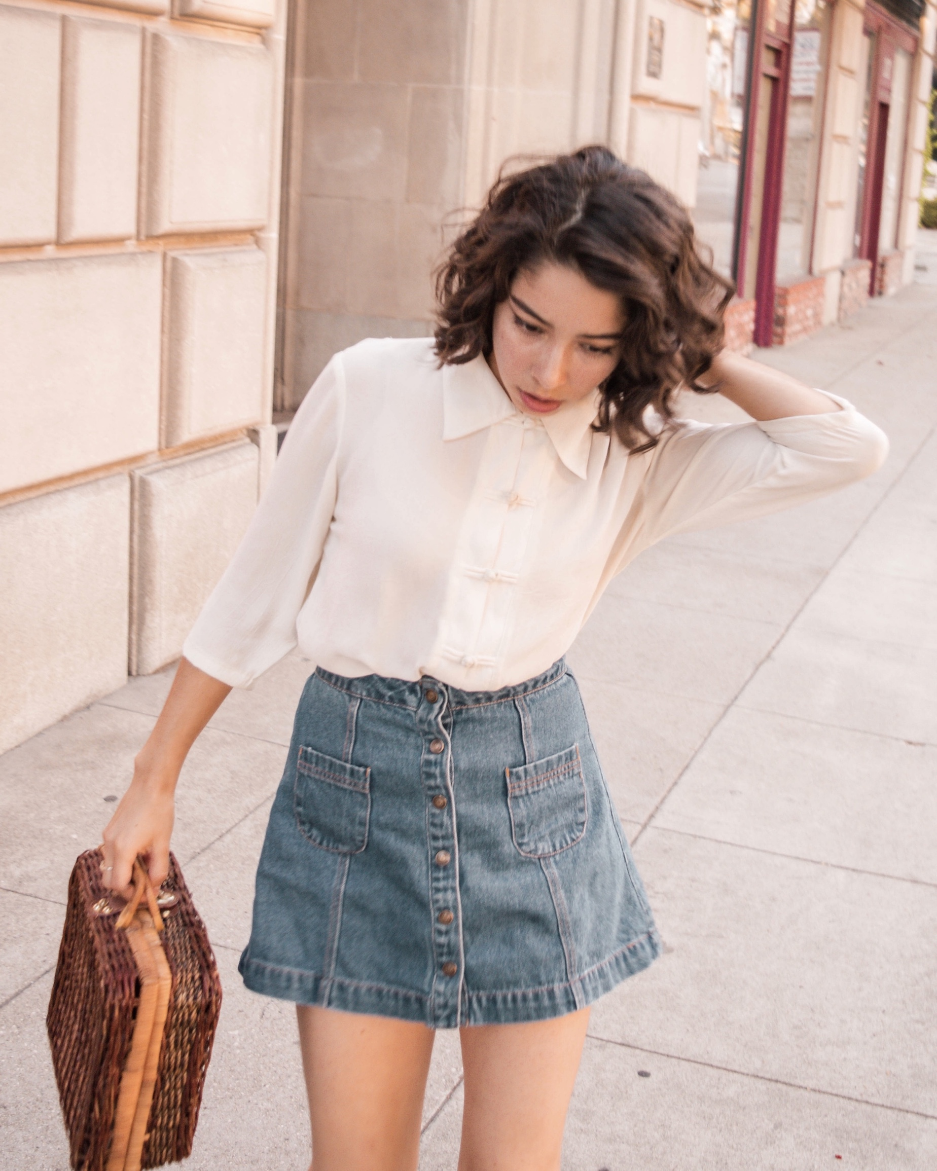 Minimalist outfit ideas // A Week Of Self-Expressive Outfits With Aja Duran From Aja With Love on The Good Trade