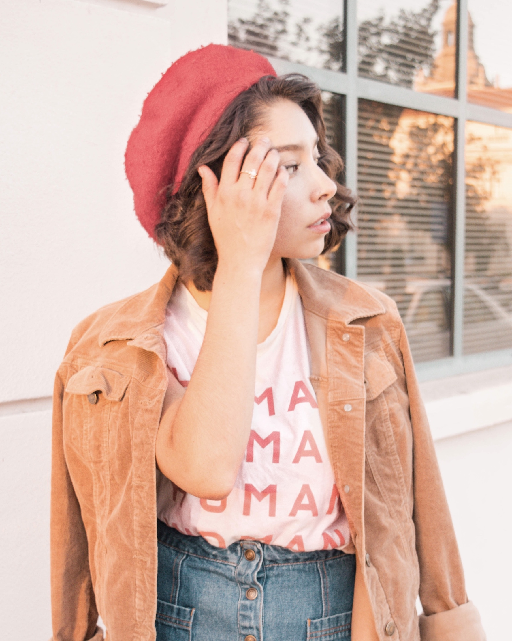 Everlane human woman tee outfit inspo // A Week Of Self-Expressive Outfits With Aja Duran From Aja With Love on The Good Trade