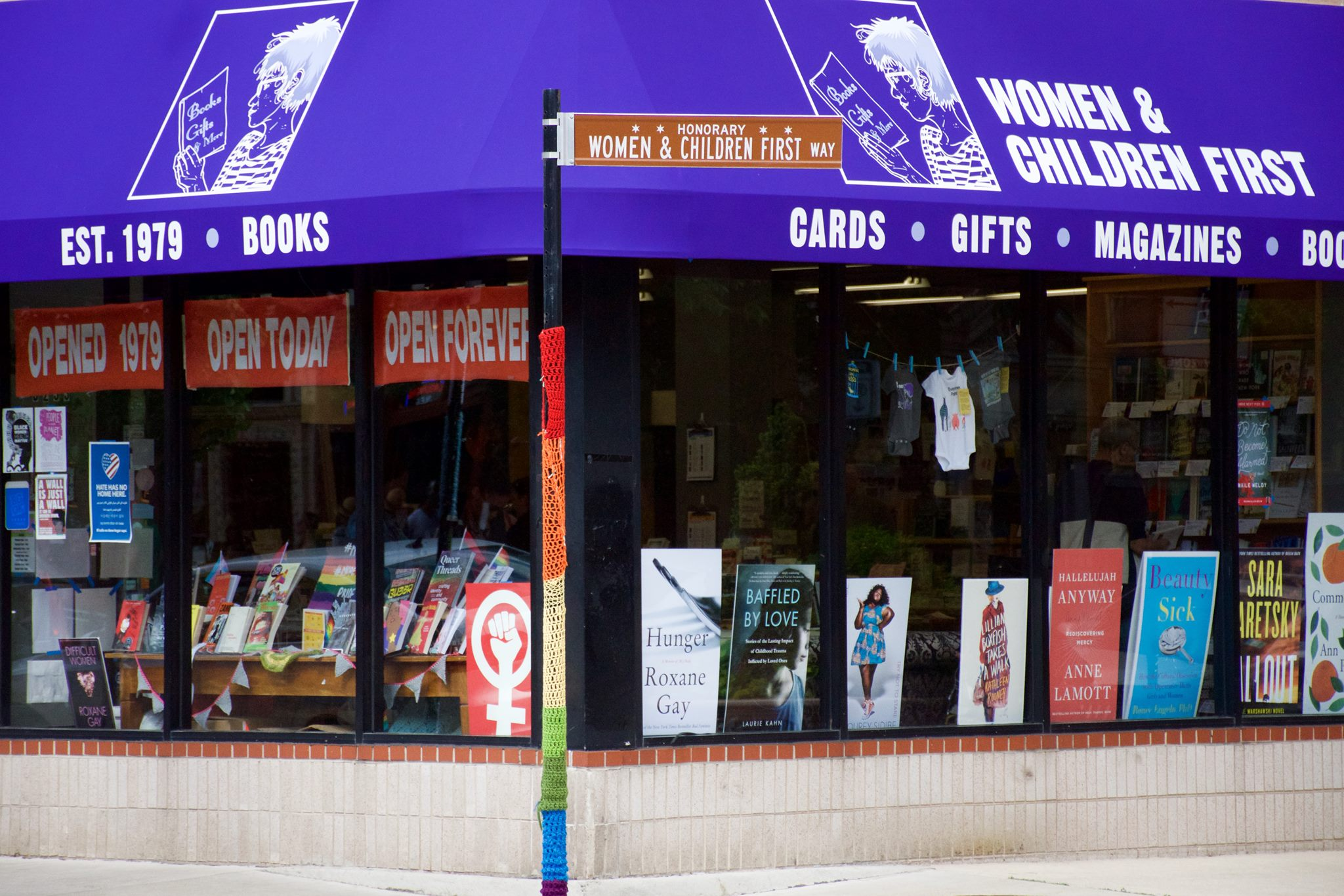 Independent Bookstores In The USA - Women & Children First In Chicago, Illinois