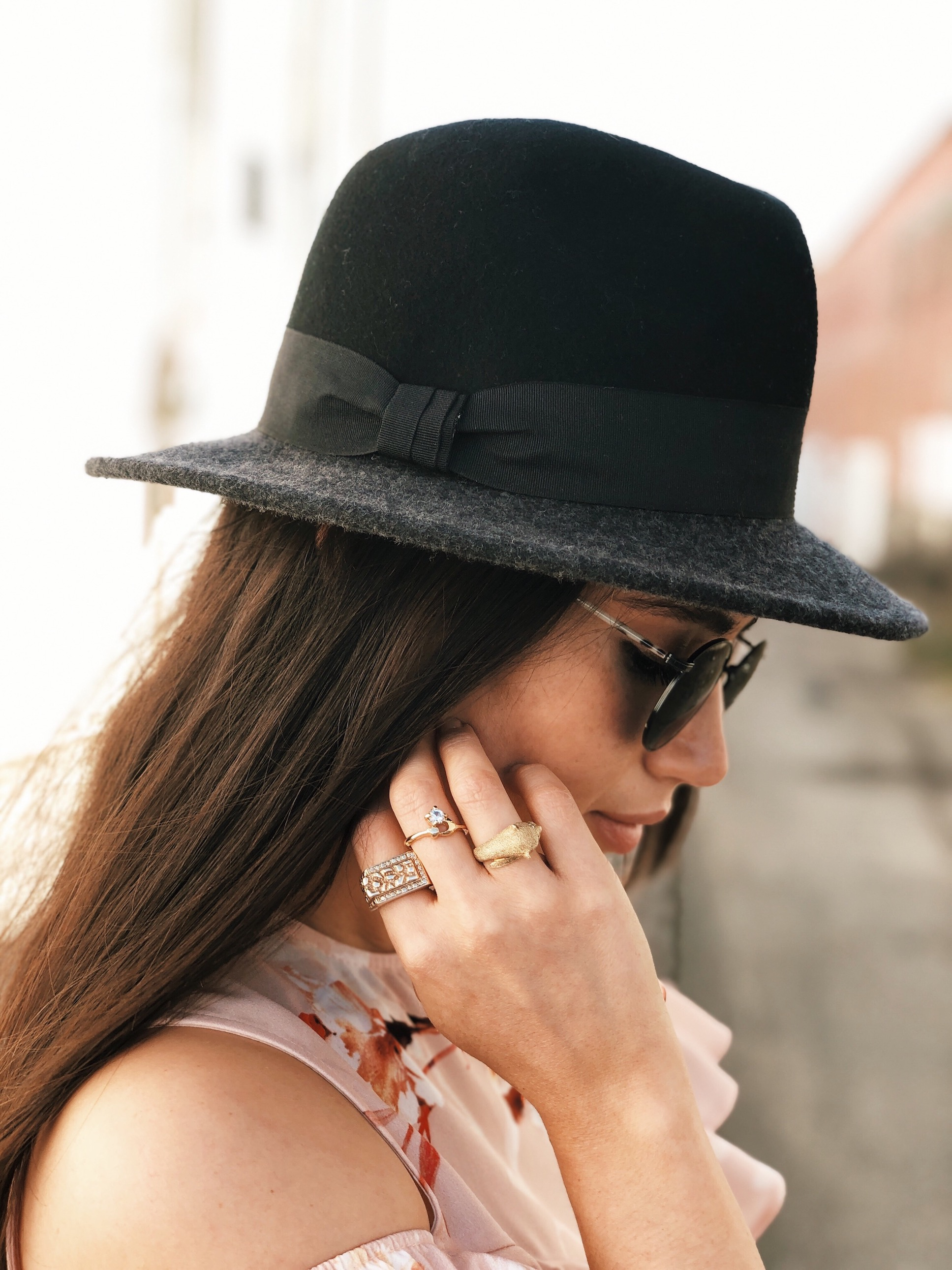 Ring details - A Week Of Cruelty-Free Outfits & Vegan Beauty With Jessica Salazar From All There August on The Good Trade
