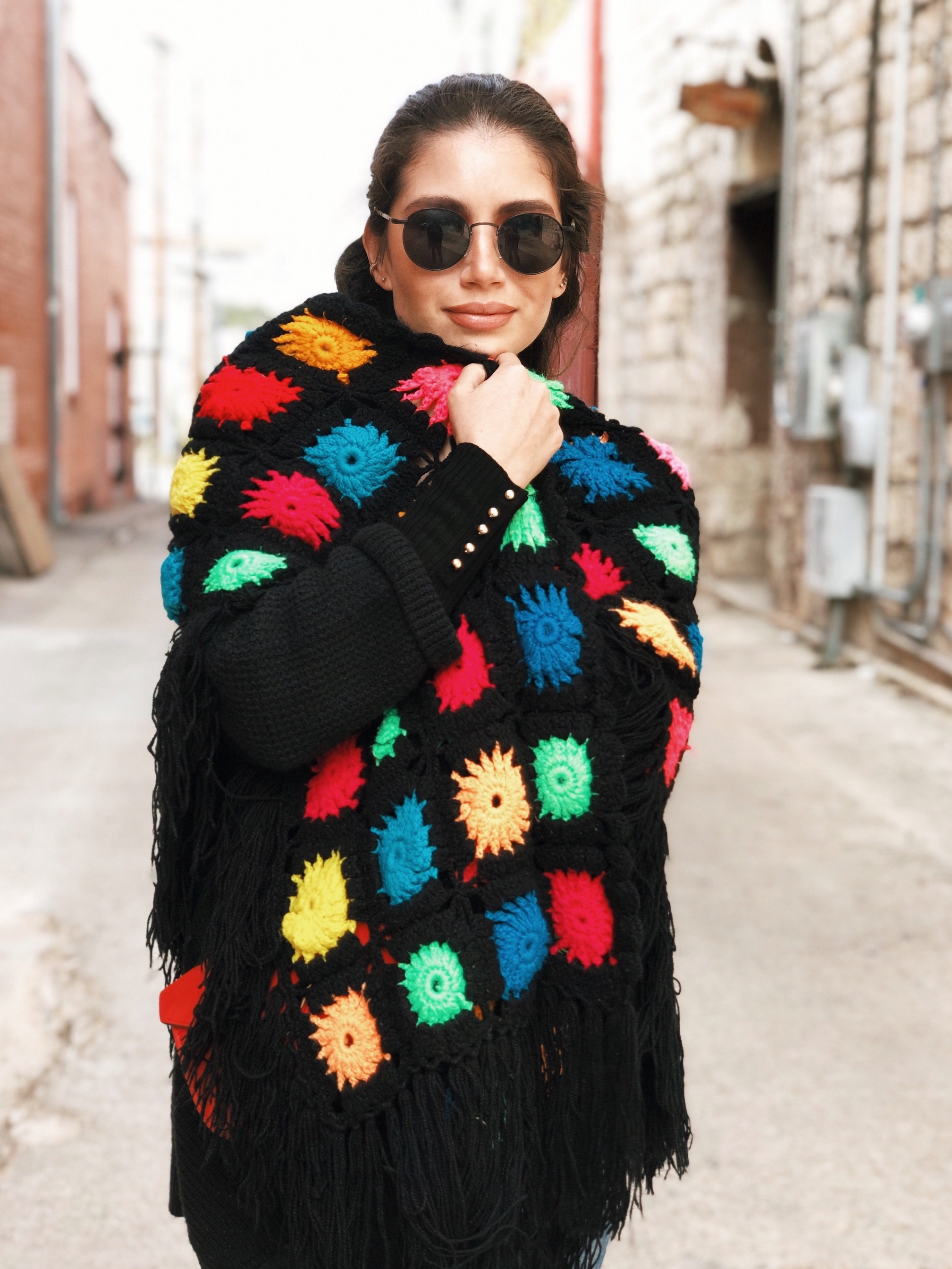 Crochet vintage shawl - A Week Of Cruelty-Free Outfits & Vegan Beauty With Jessica Salazar From All There August on The Good Trade