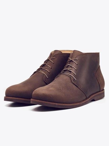 Chavito Chukka Boot by Nisolo | Men's Capsule Wardrobe on The Good Trade