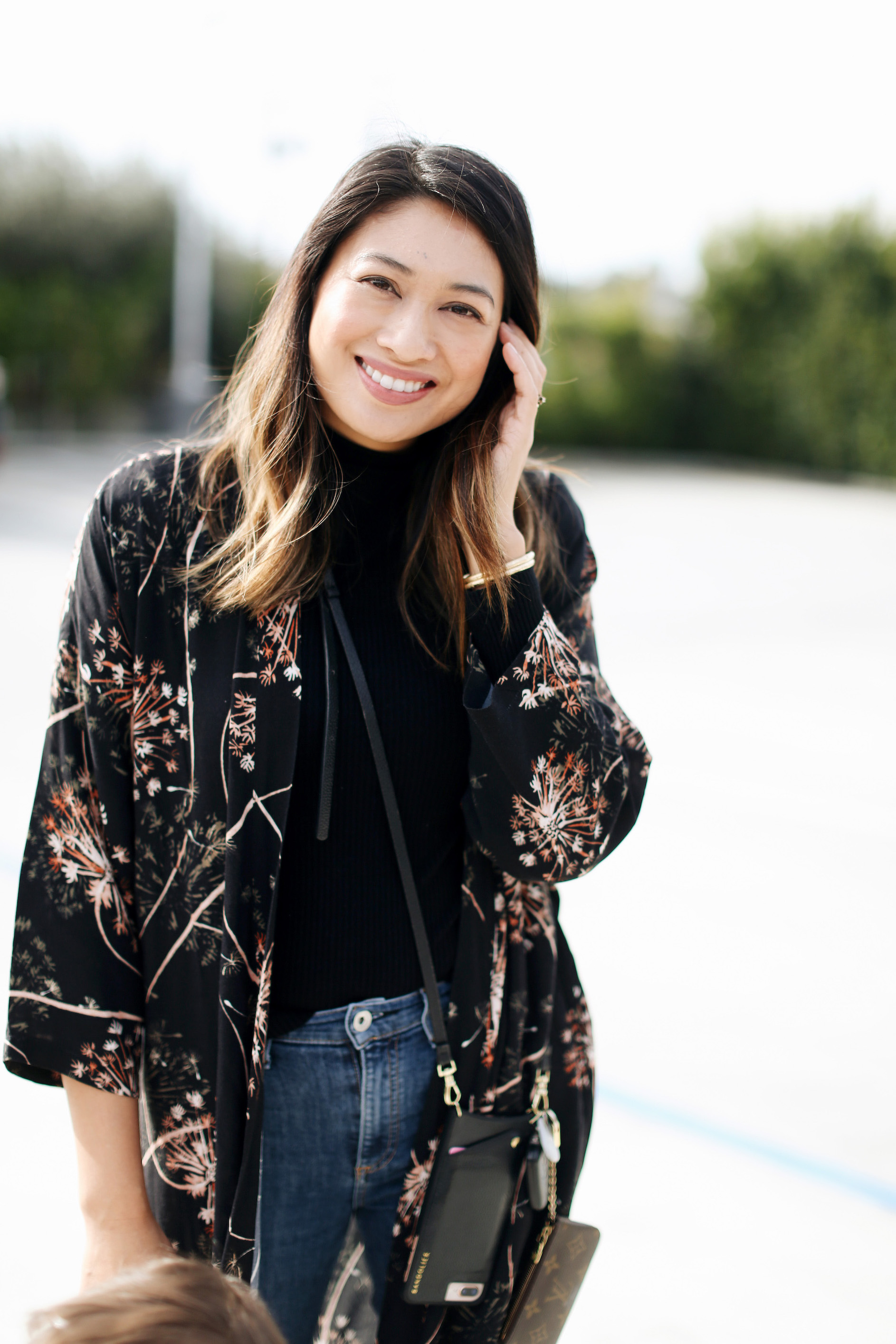 Sseko Designs Dandelion print duster | A Week Of Polished & Professional Outfits With Sustainable Lifestyle Blogger Jonilyn Brown on The Good Trade