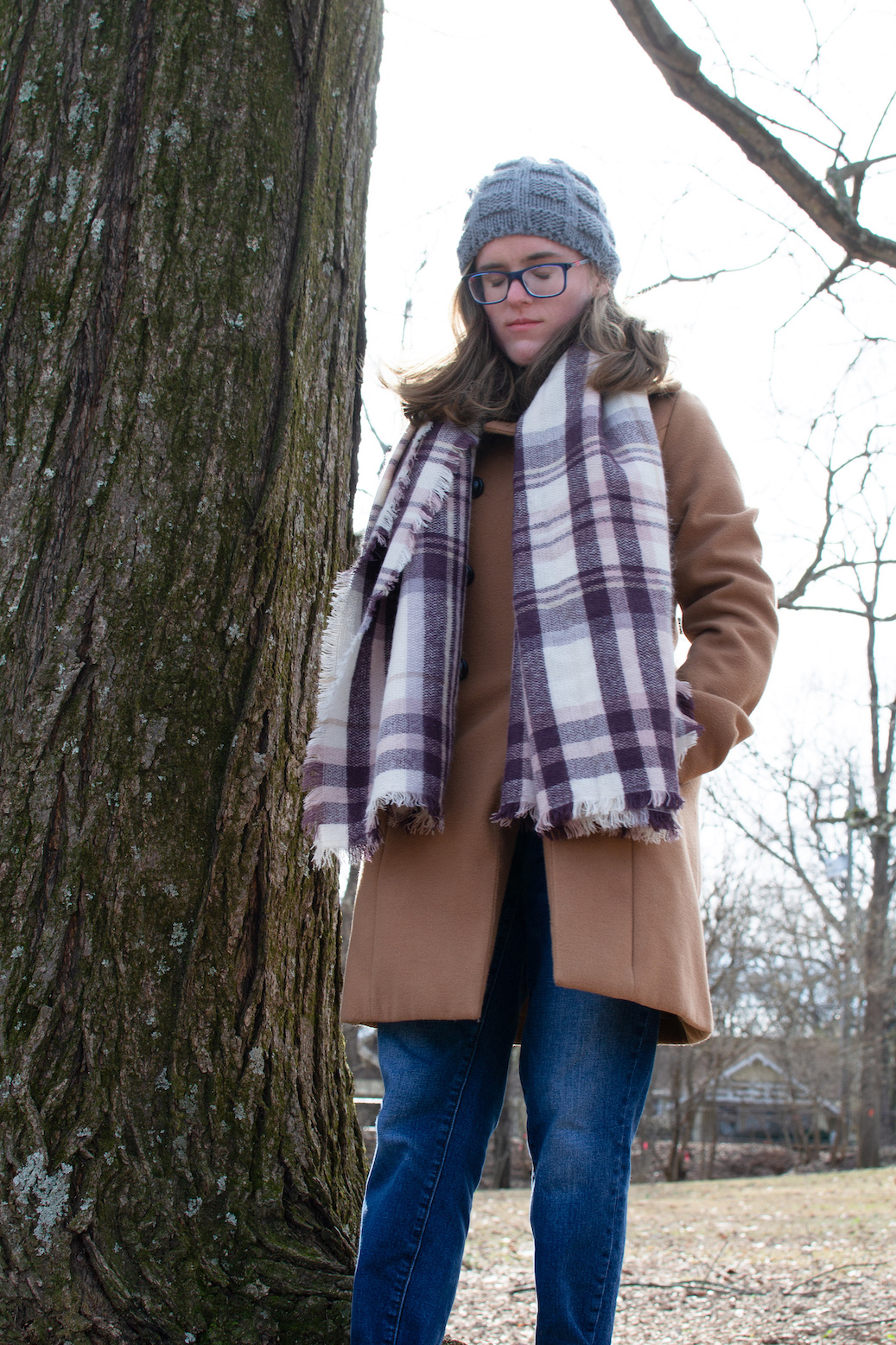 Winter outfit inspiration // A Week Of Casual & Comfortable Secondhand Outfits With Lee Rogers From Layers Of Lee on The Good Trade