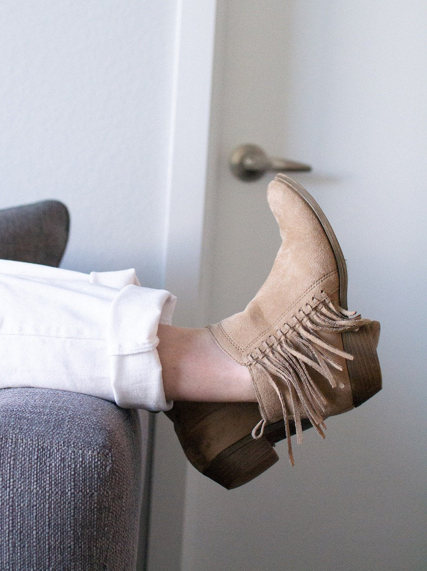 Thrifted booties // A Week Of Casual & Comfortable Secondhand Outfits With Lee Rogers From Layers Of Lee on The Good Trade