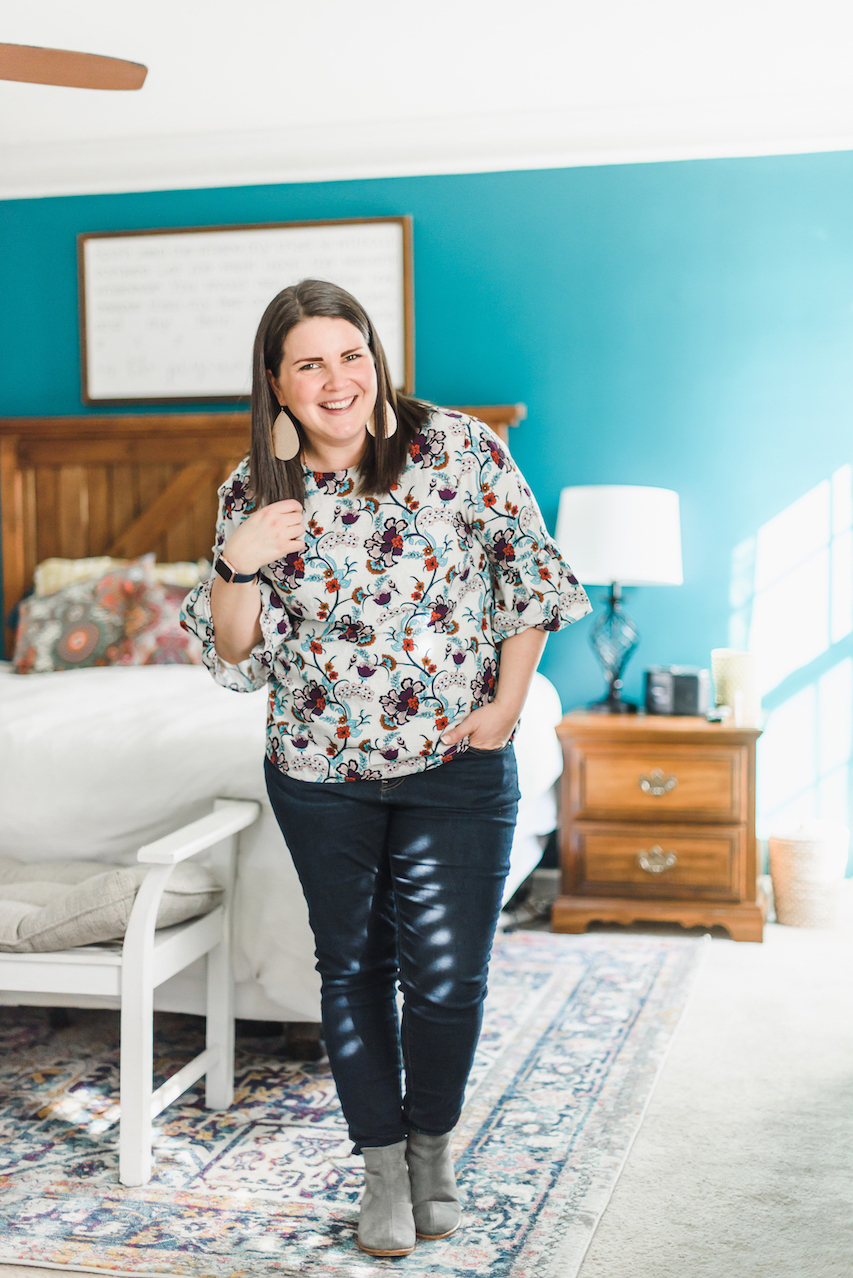 Floral bell sleeve top // A Week Of Wearing Only 7 Pieces For 7 Days With Molly Stillman From Still Being Molly on The Good Trade