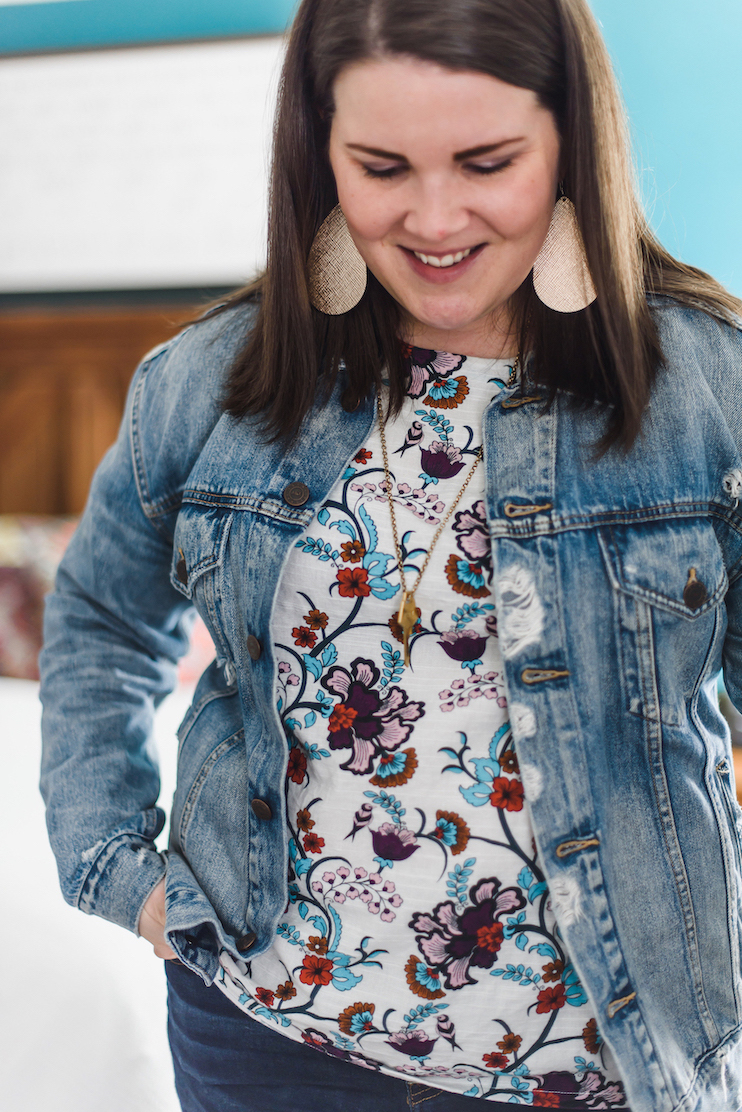 Floral top + denim layers // A Week Of Wearing Only 7 Pieces For 7 Days With Molly Stillman From Still Being Molly on The Good Trade