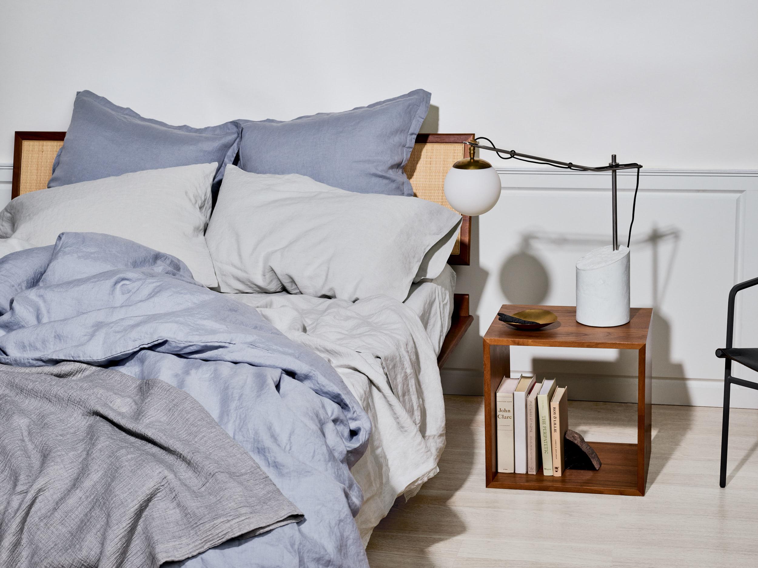Snowe_linen_bedding
