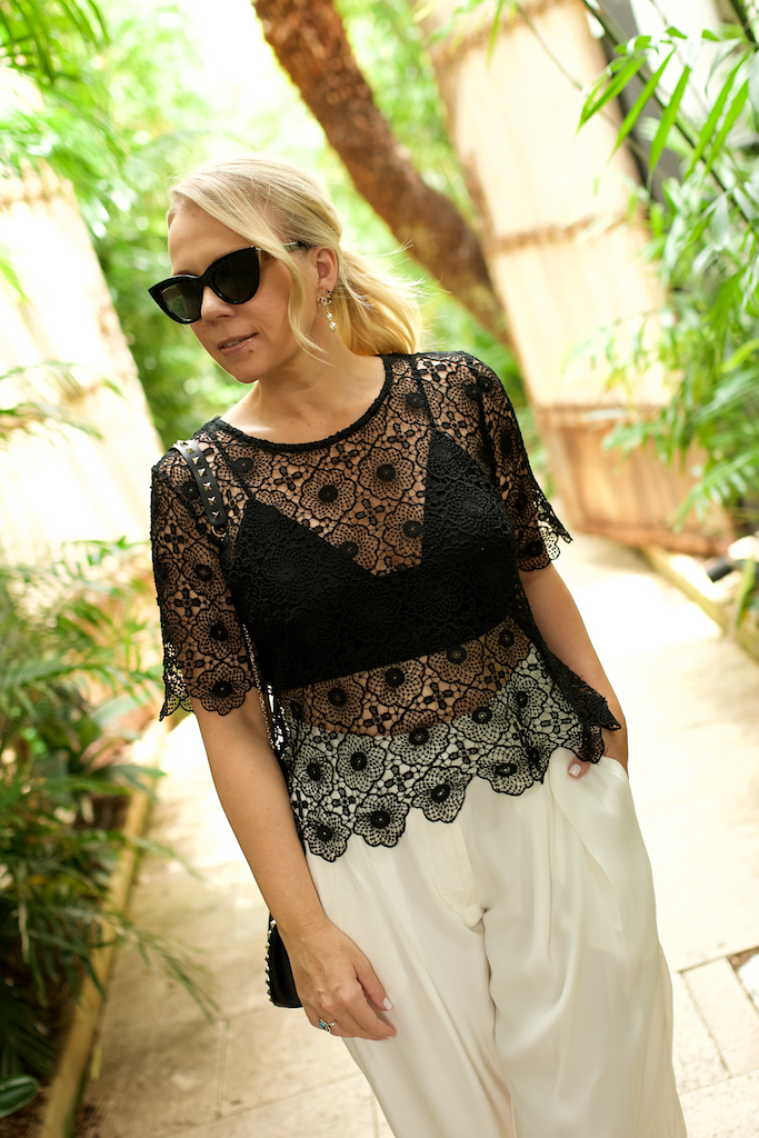 Lace top // A Week Of Designer-Inspired Salvation Army Finds With Faye De Lanty From Fashion Hound on The Good Trade