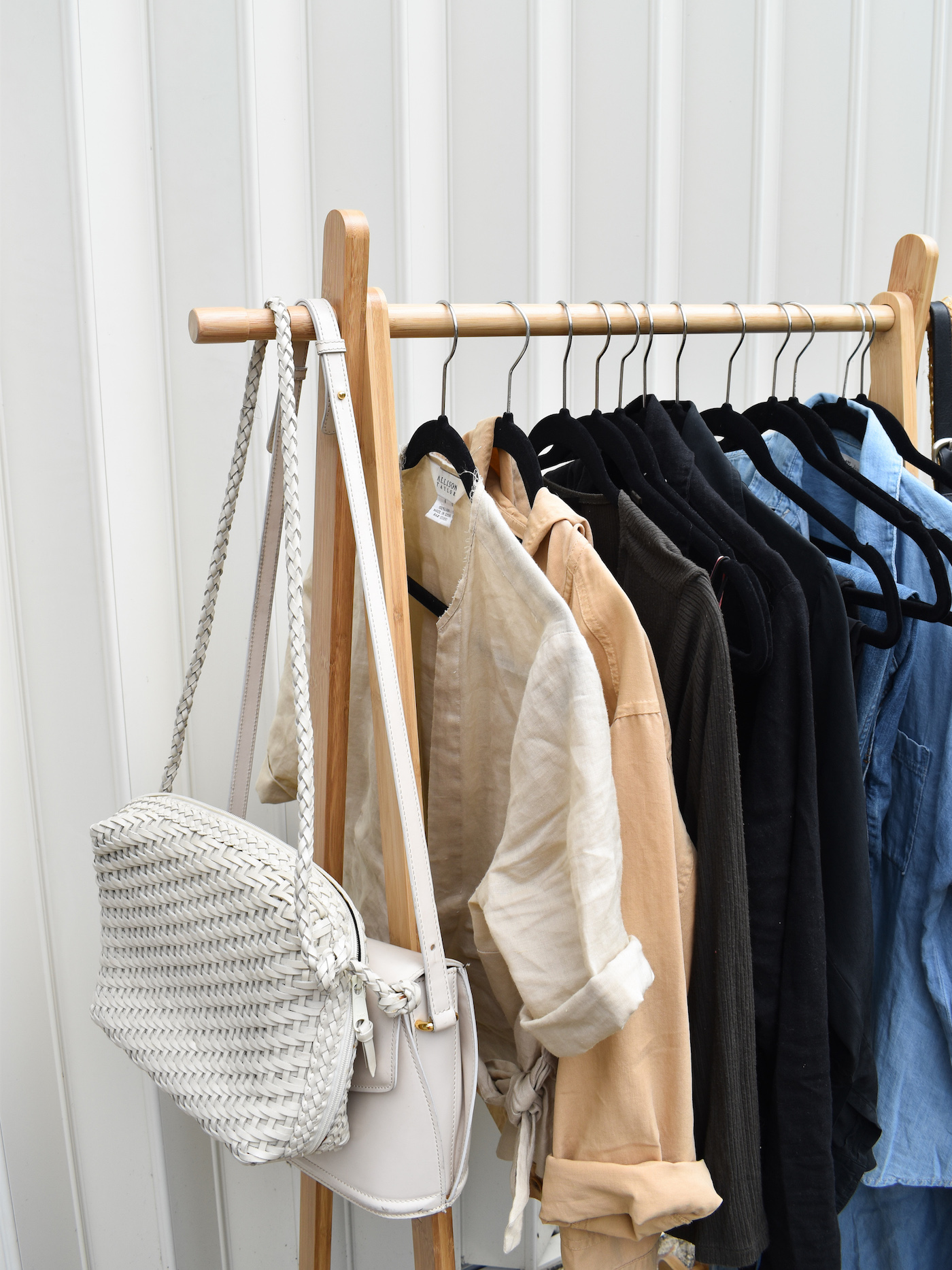 Practical Capsule Wardrobe // Week Of Outfits With Élan Byrd On The Good Trade