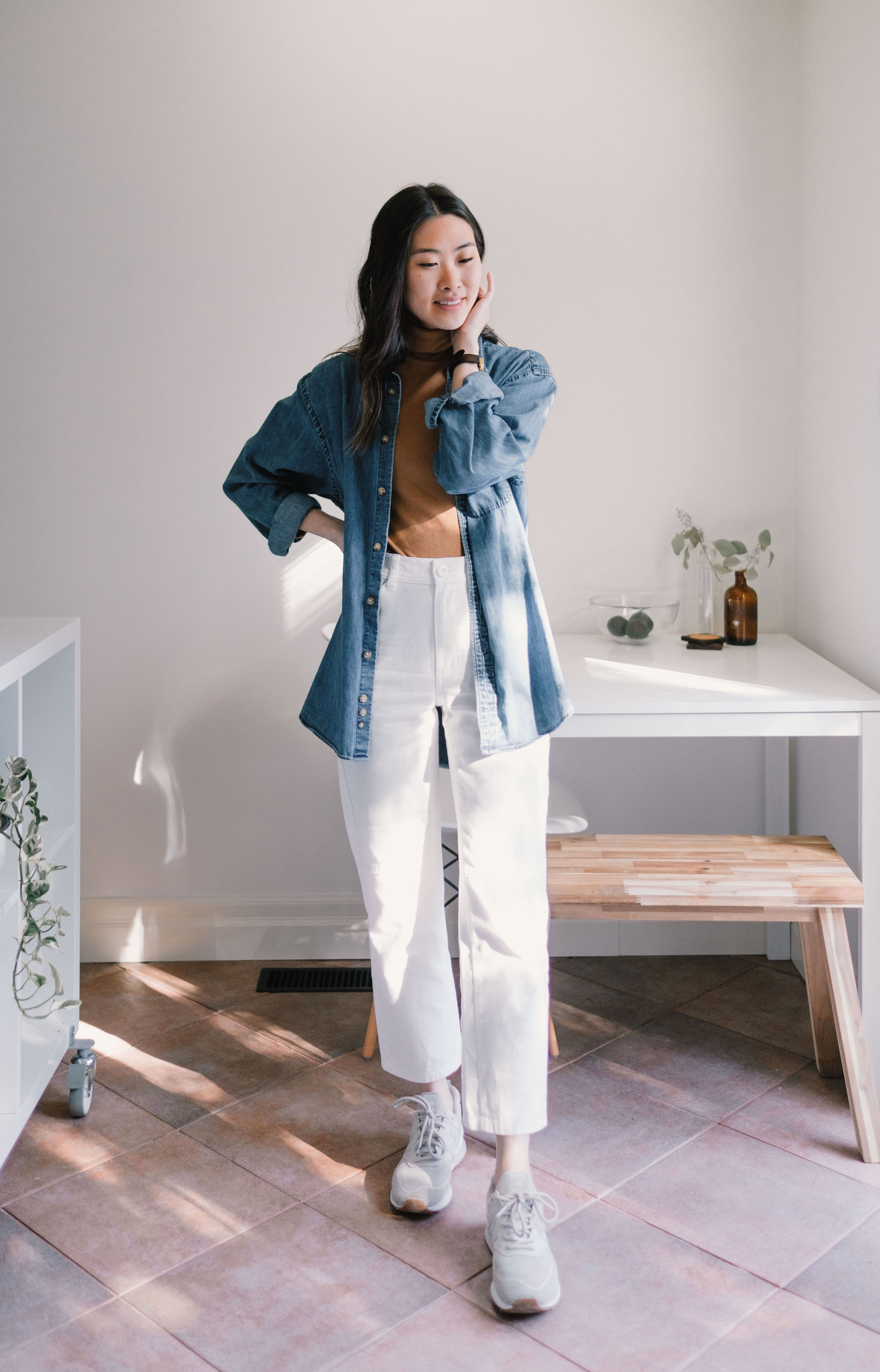 Minimalist Denim Button Up // Week Of Outfits With Candice Tay On The Good Trade