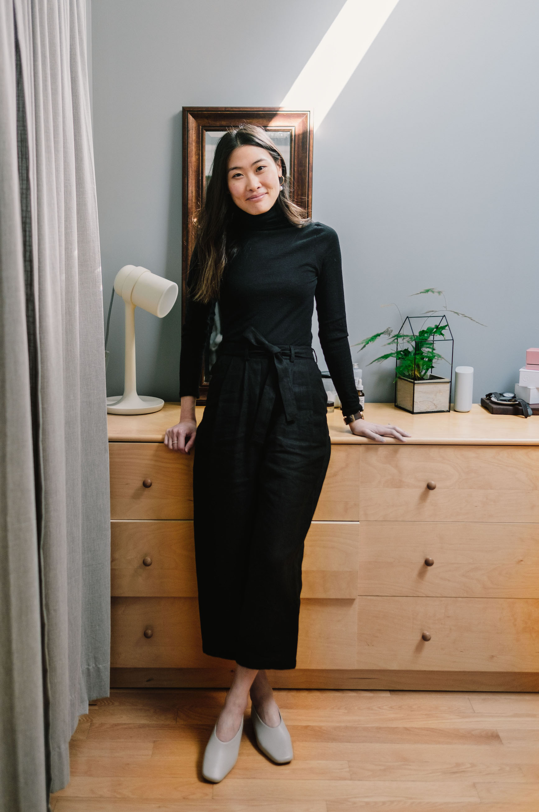 All Black Outfit Inspiration // Week Of Outfits With Candice Tay On The Good Trade