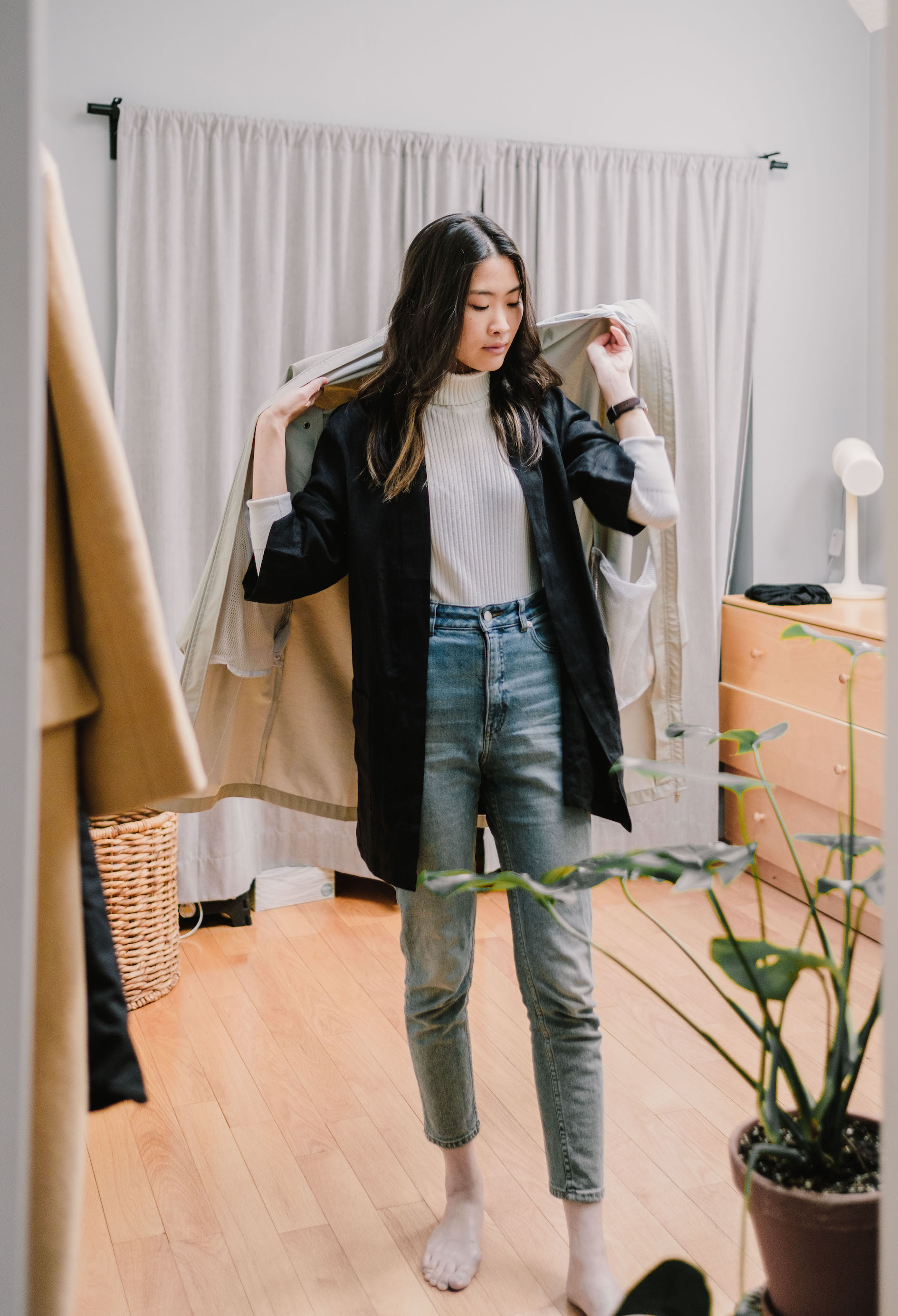 Turtleneck Winter Spring // Week Of Outfits With Candice Tay On The Good Trade