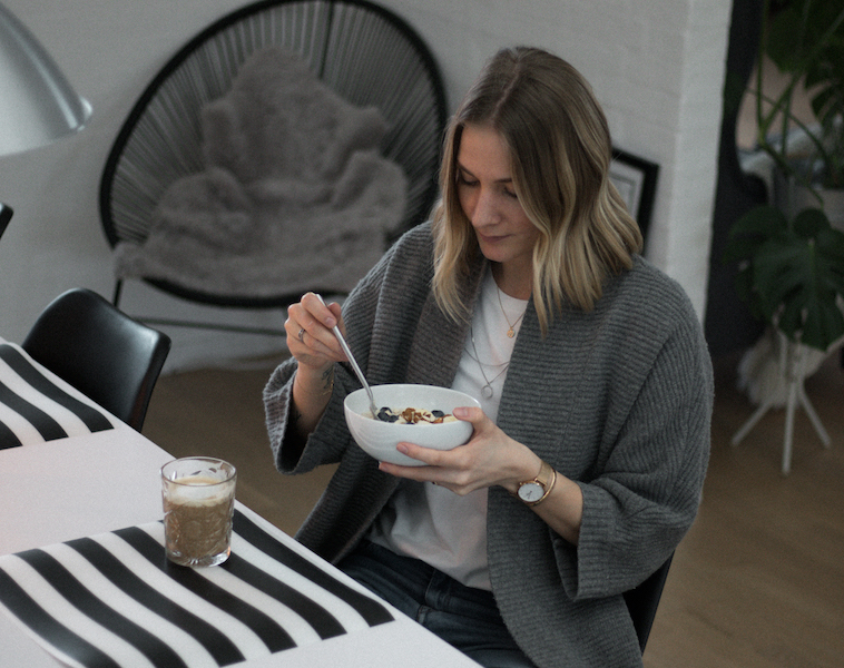 Relaxed Cardigan Look // Week Of Outfits With Signe Hansen On The Good Trade