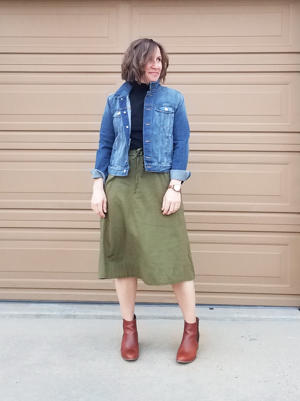 Casual Jean Jacket Skirt Boots Look // Week Of Outfits With Paige Marchi On The Good Trade
