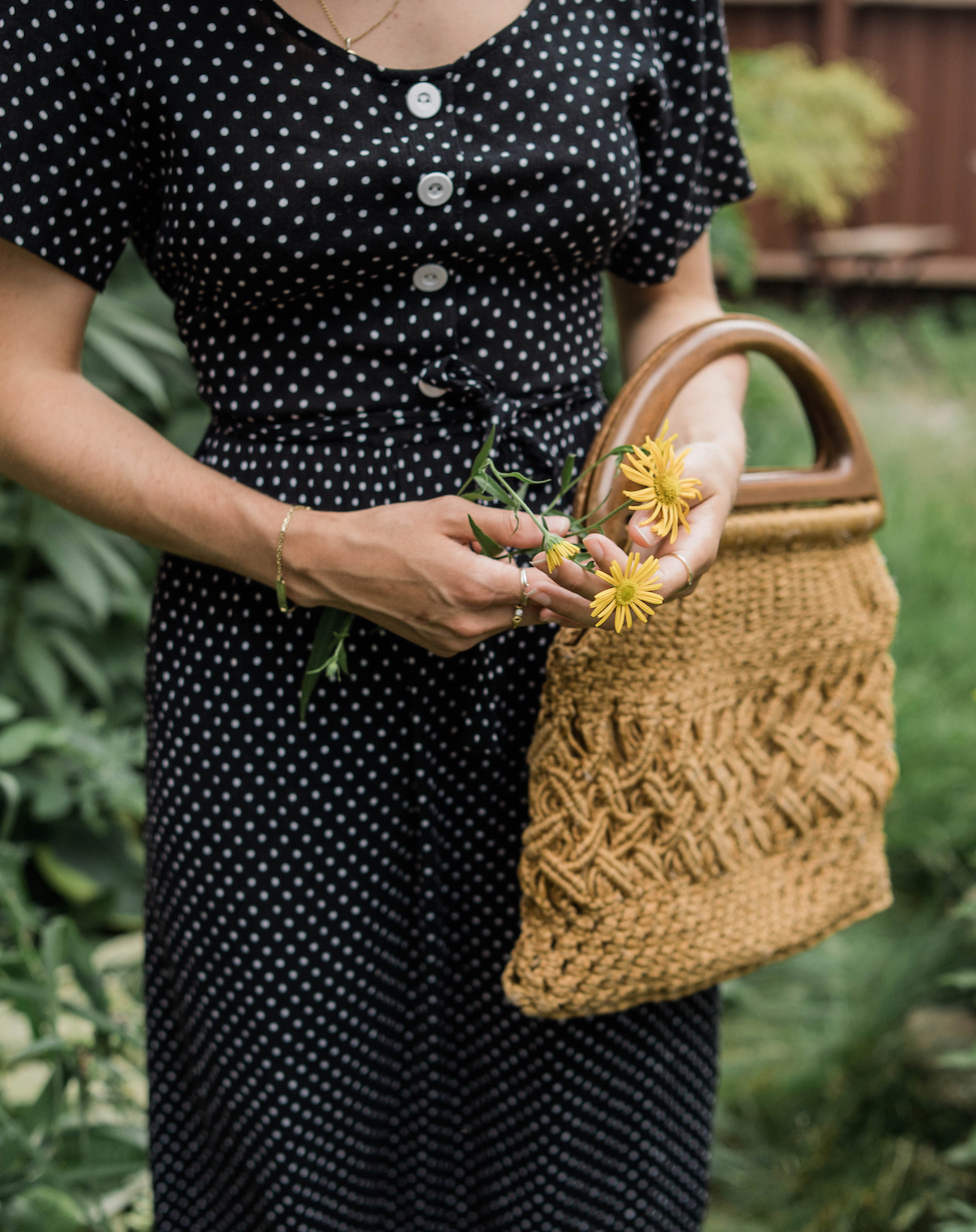Macrame bag accessory // A Week Of Easygoing & Classic Outfits With Sara Brown From Petra Alexandra on The Good Trade