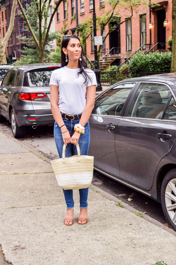 Jeans and tee outfit // A Week Of Conscious Trend-Forward Outfits With Sabrina Ramkhelawan From Flaunt Your Fancy on The Good Trade