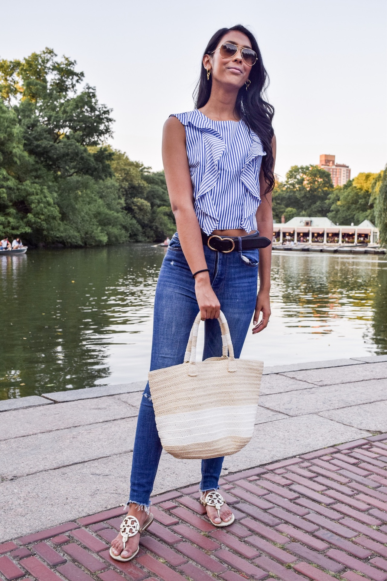 Date night outfit // A Week Of Conscious Trend-Forward Outfits With Sabrina Ramkhelawan From Flaunt Your Fancy on The Good Trade