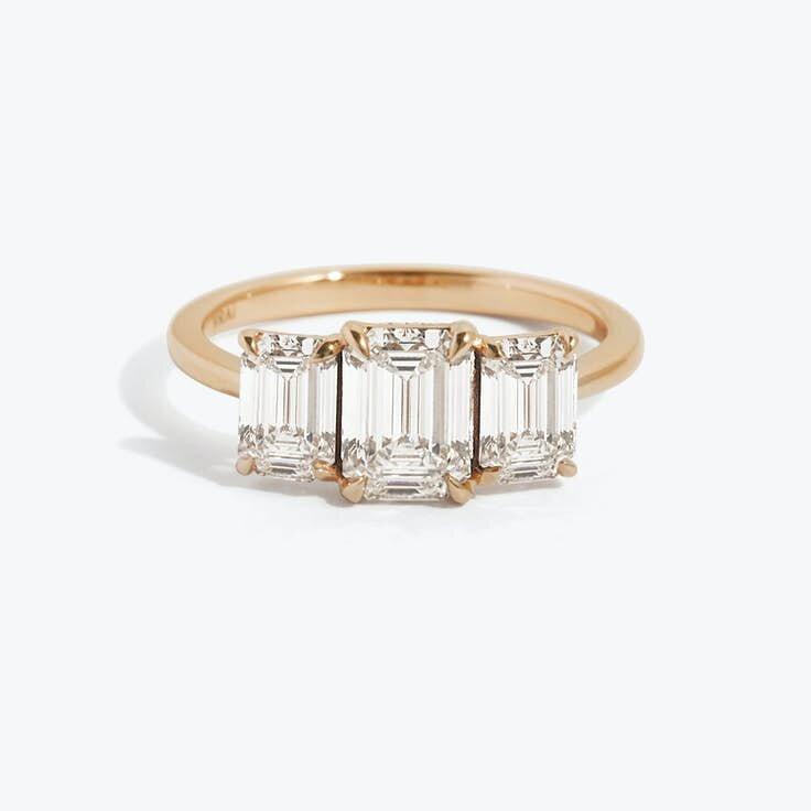 1593135706-web-trio-emerald-1-0ct-0-50ct-plain-rose-gold-front.jpg