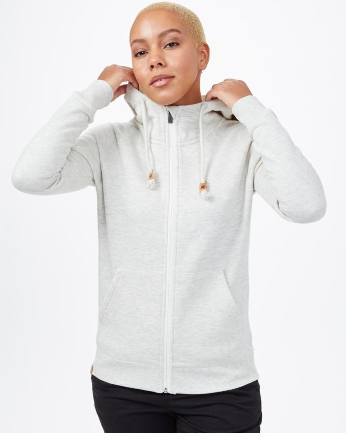 sustainable-sweatshirts-sweatpants-tentree