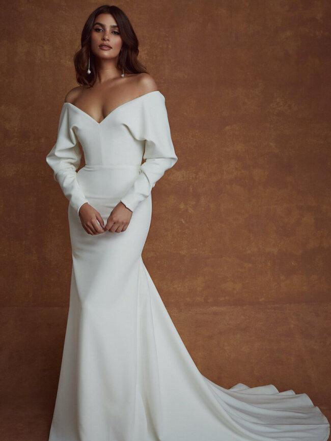 secondhand-used-wedding-dresses-still-white