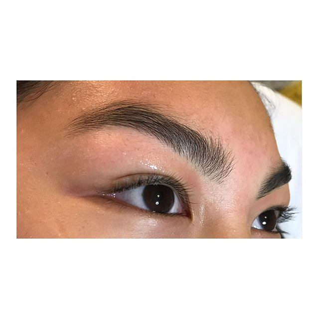 Brows on Fleek! I have 3 openings before the 4th of July! Monday at 1:20pm Tuesday at 3:00pm Wednesday at 9:30am . . . . . . . . . #skincarejunkie  #waxing #SkinCareHillsboro #goodskin #browWaxHillsboro #NaturalBrows #AntiAging #Facial #SerendipitySpaNW #pnw #hillsborowaxing #Tanasbourne #orenco #orencostation #Reedville #HillsboroOregon #BrowTint #productjunkie #LashLiftHillsboro #WaxingHillsboro #FacialHillsboro #elleebana #naturallashes #EstheticianKatieLytle  #MOBNW