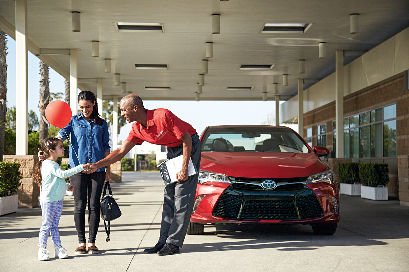 Personalized Service - Additionally, by creating a branded uniform shirt, representatives were easily recognized by the customer. These folks were not salespeople, but concierges who were trained specifically for the Camry All-Access program.