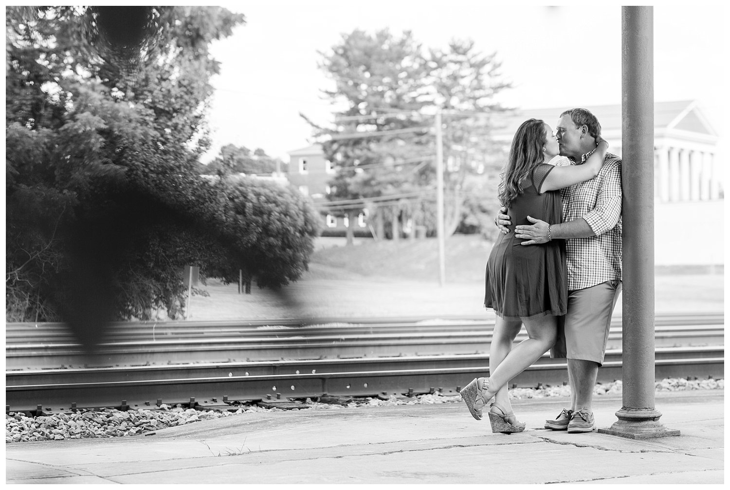 elovephotos old town alexandria engagement session_0783.jpg
