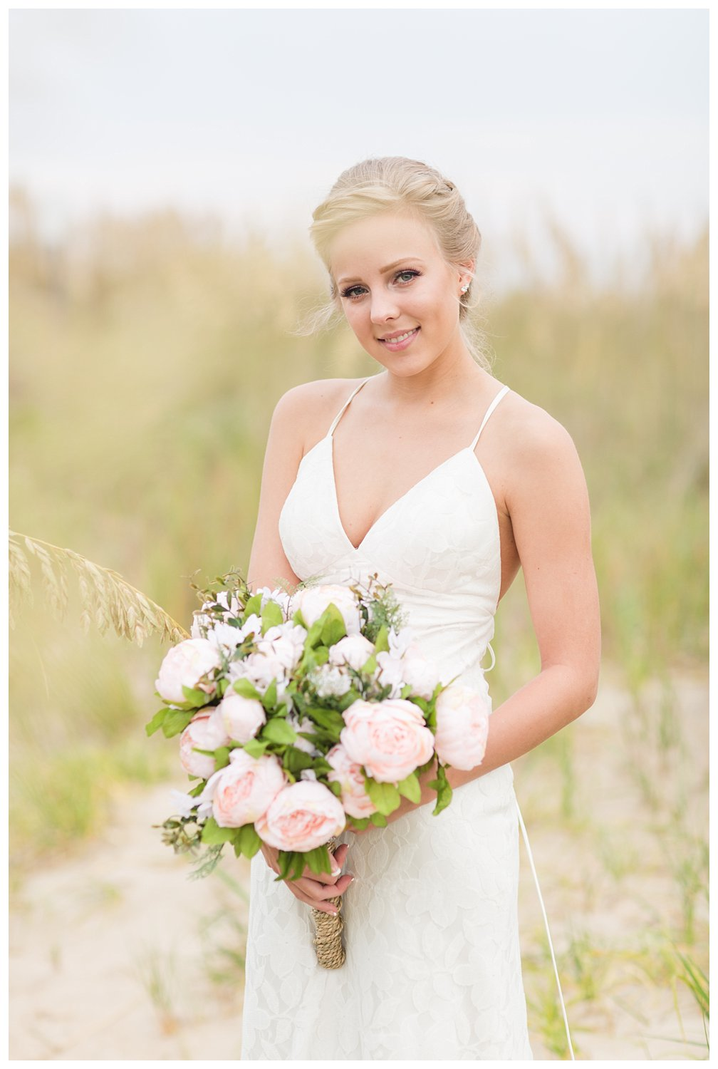 elovephotos back bay soft and romantic beach bridal session_0838.jpg