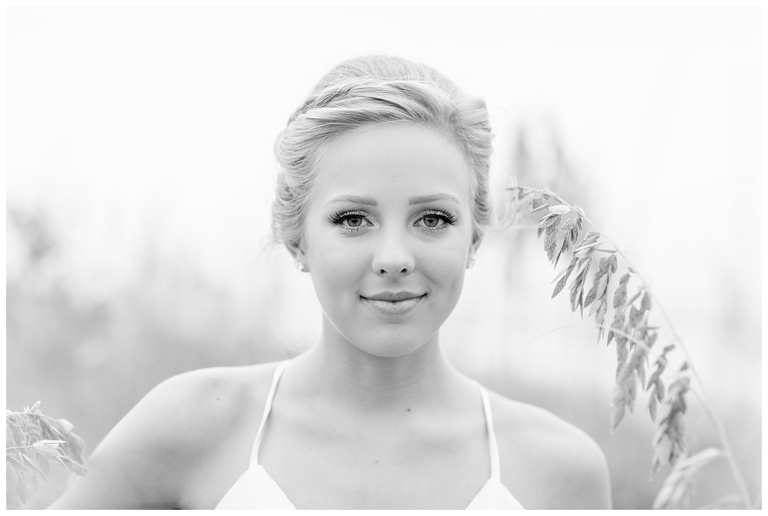 elovephotos back bay soft and romantic beach bridal session_0845.jpg
