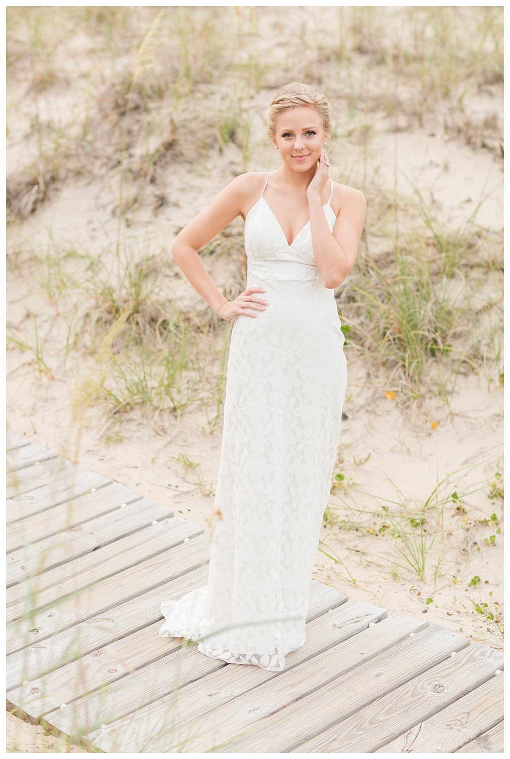 elovephotos back bay soft and romantic beach bridal session_0865.jpg