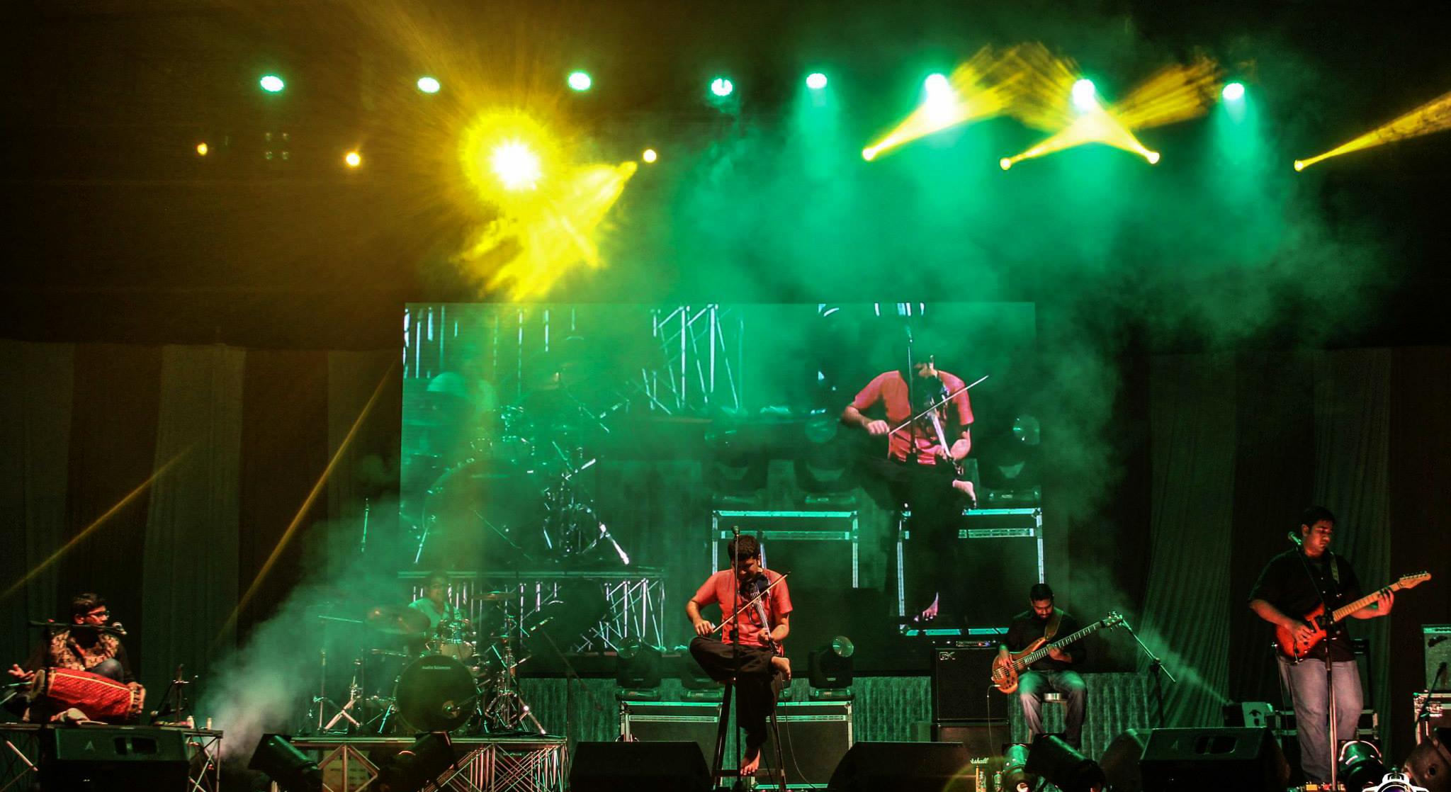 Karthick Iyer Live