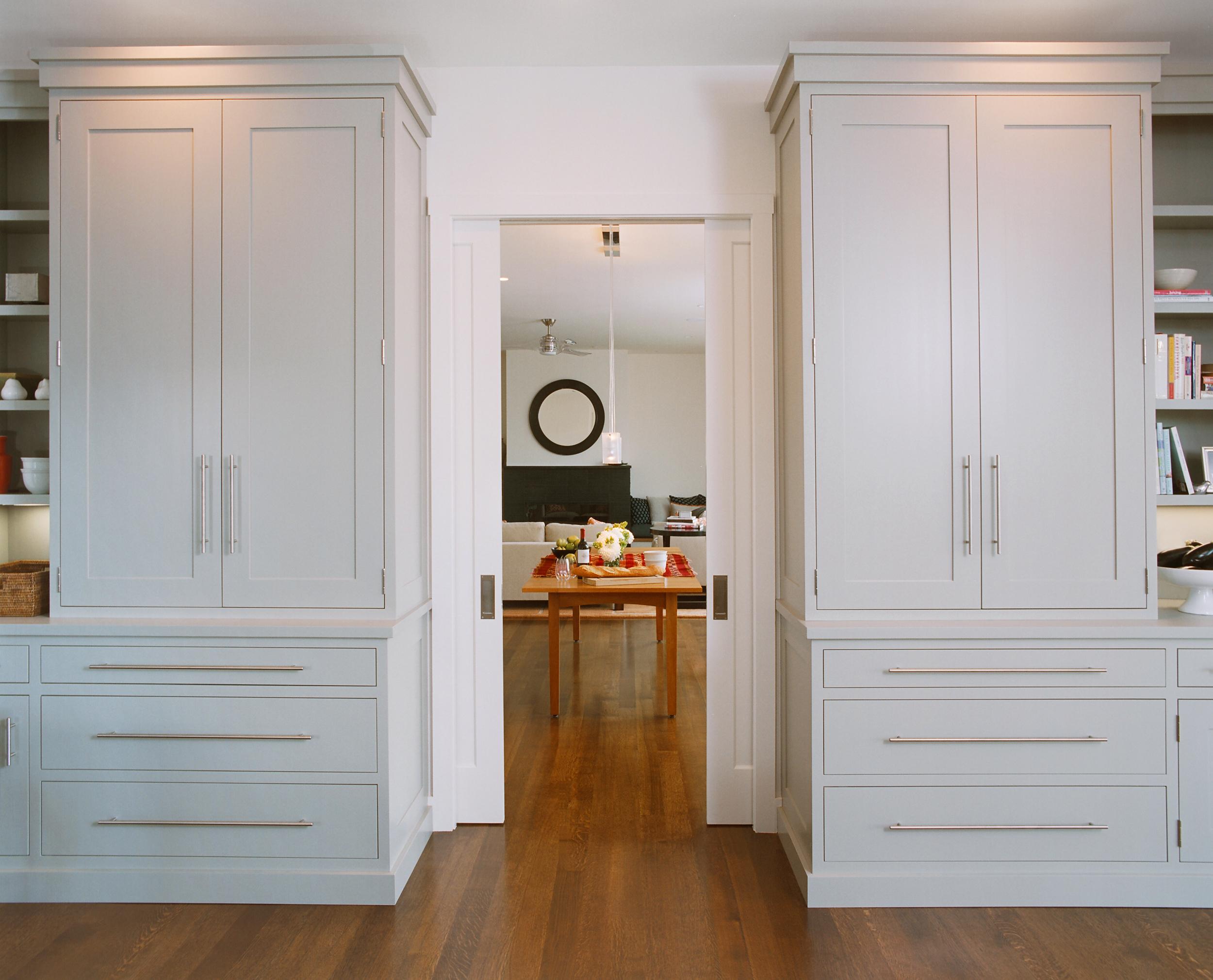 kitchen_hutch_2500.jpg
