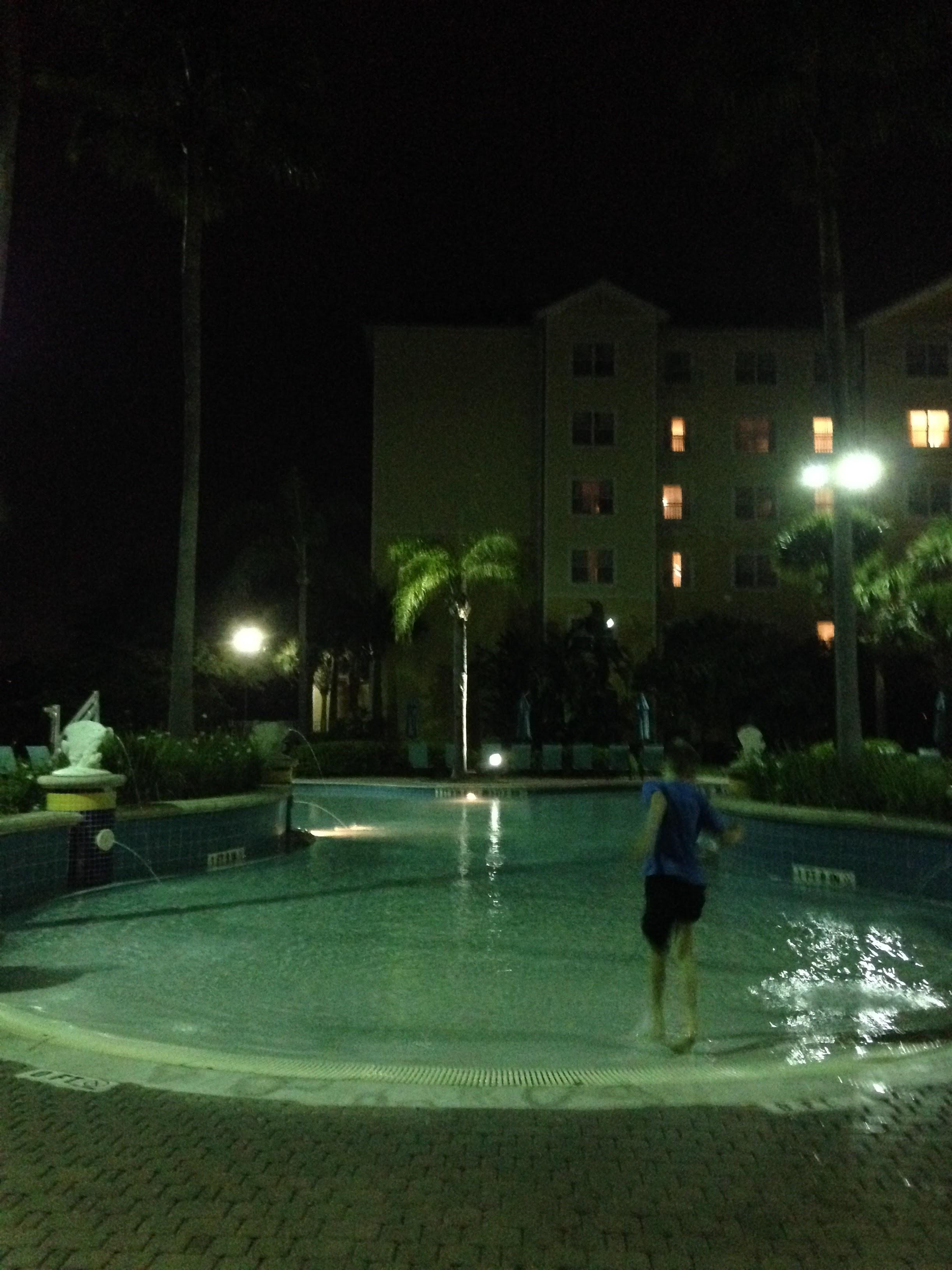 Hunter-Marriott-Swimming-Pool.jpg