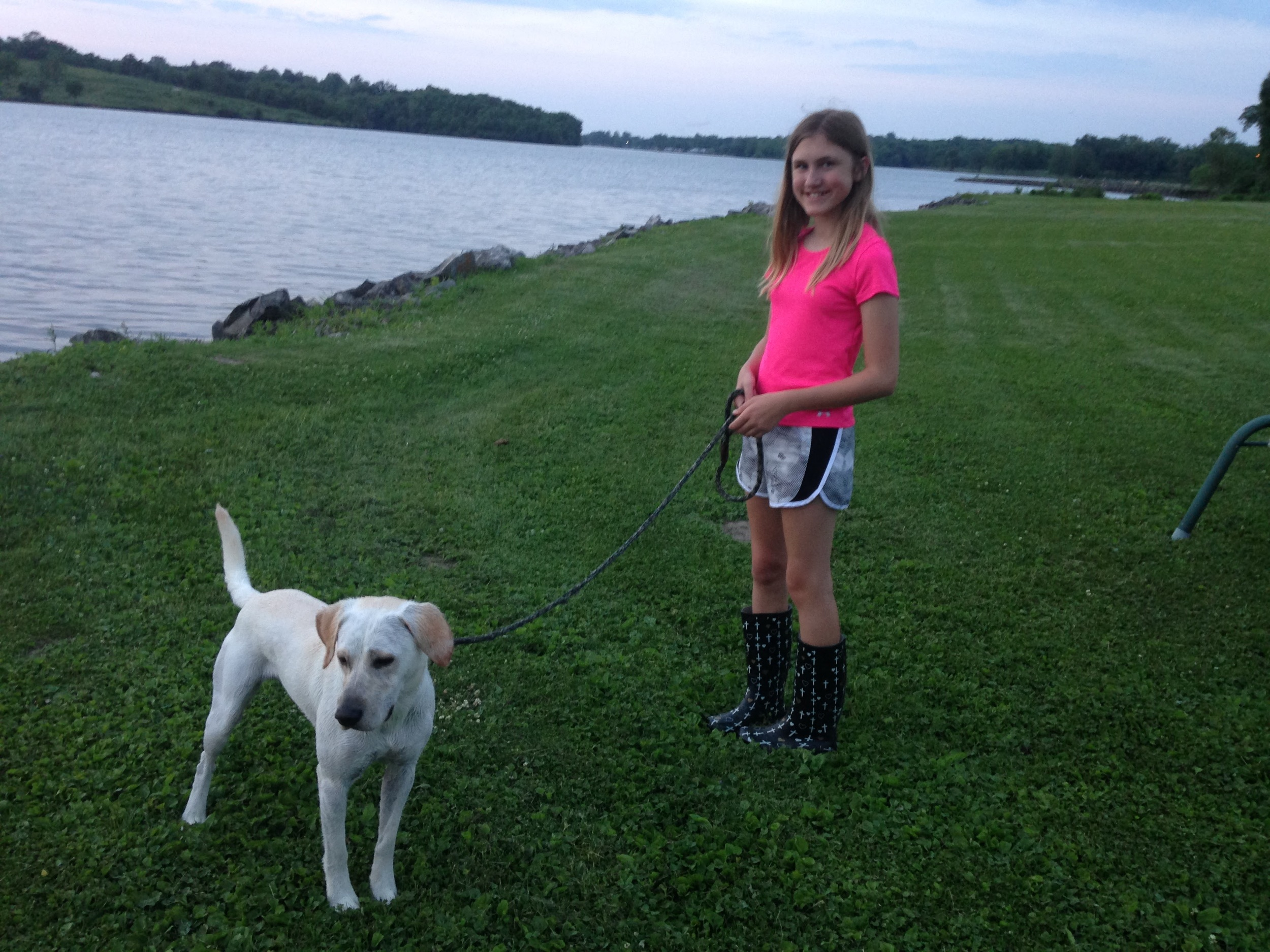 Ashlee-and-Willy-at-the-Lake.jpg