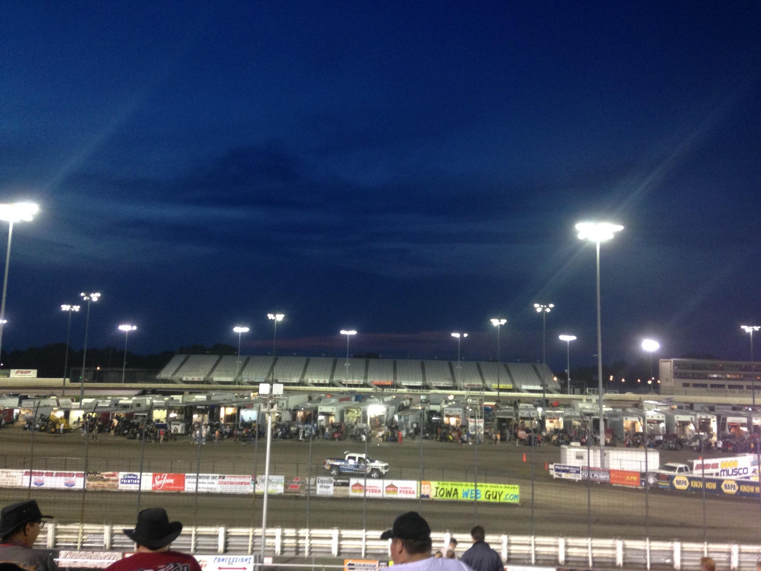 Knoxville-Raceway-Dark.jpg