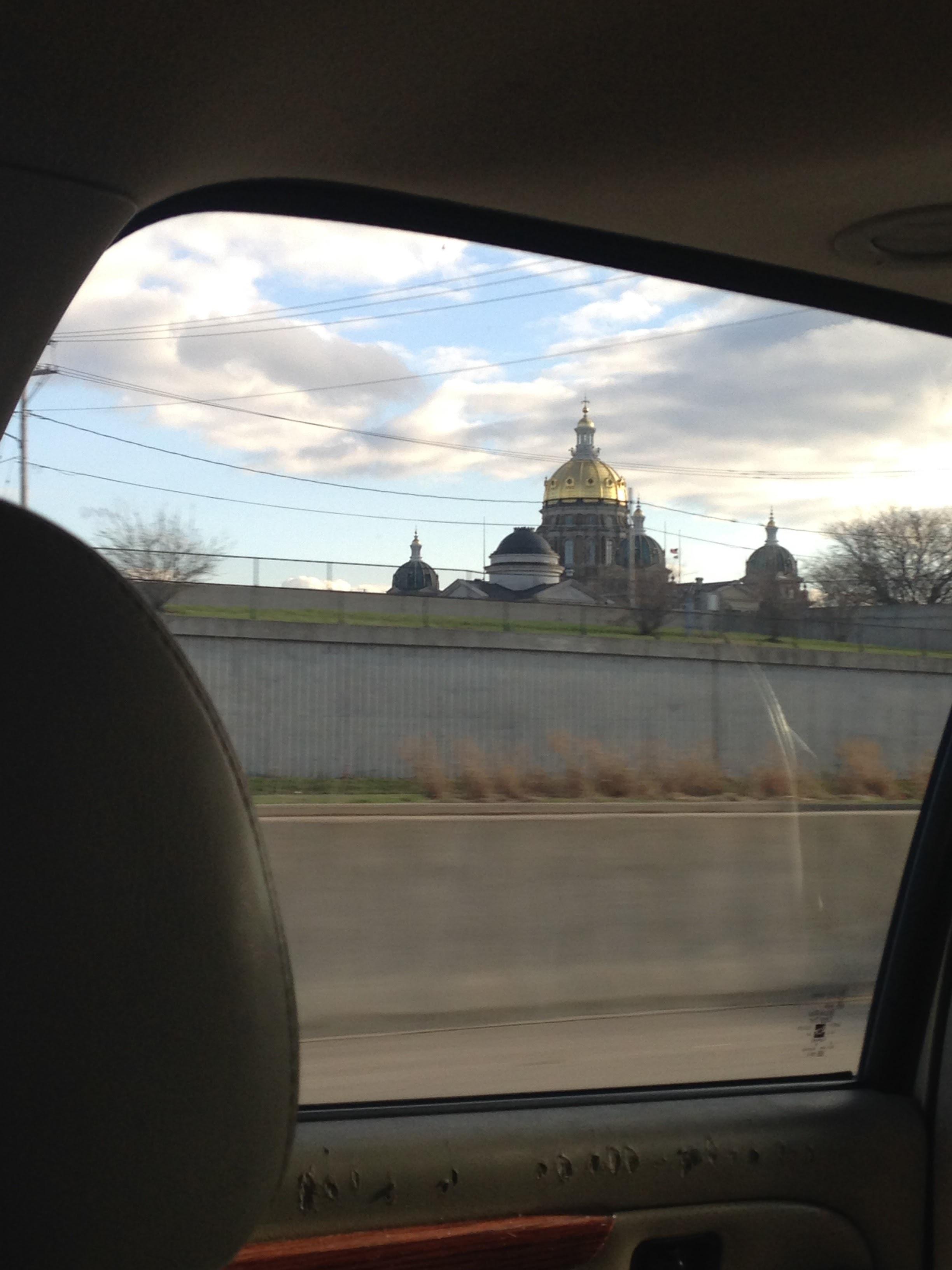 Des-Moines-Capitol.jpg